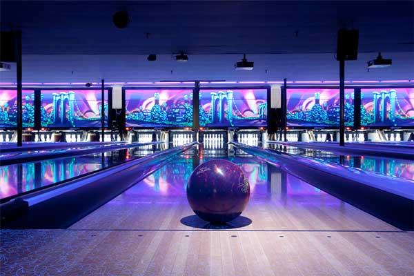 cosmic-bowling-2.jpg