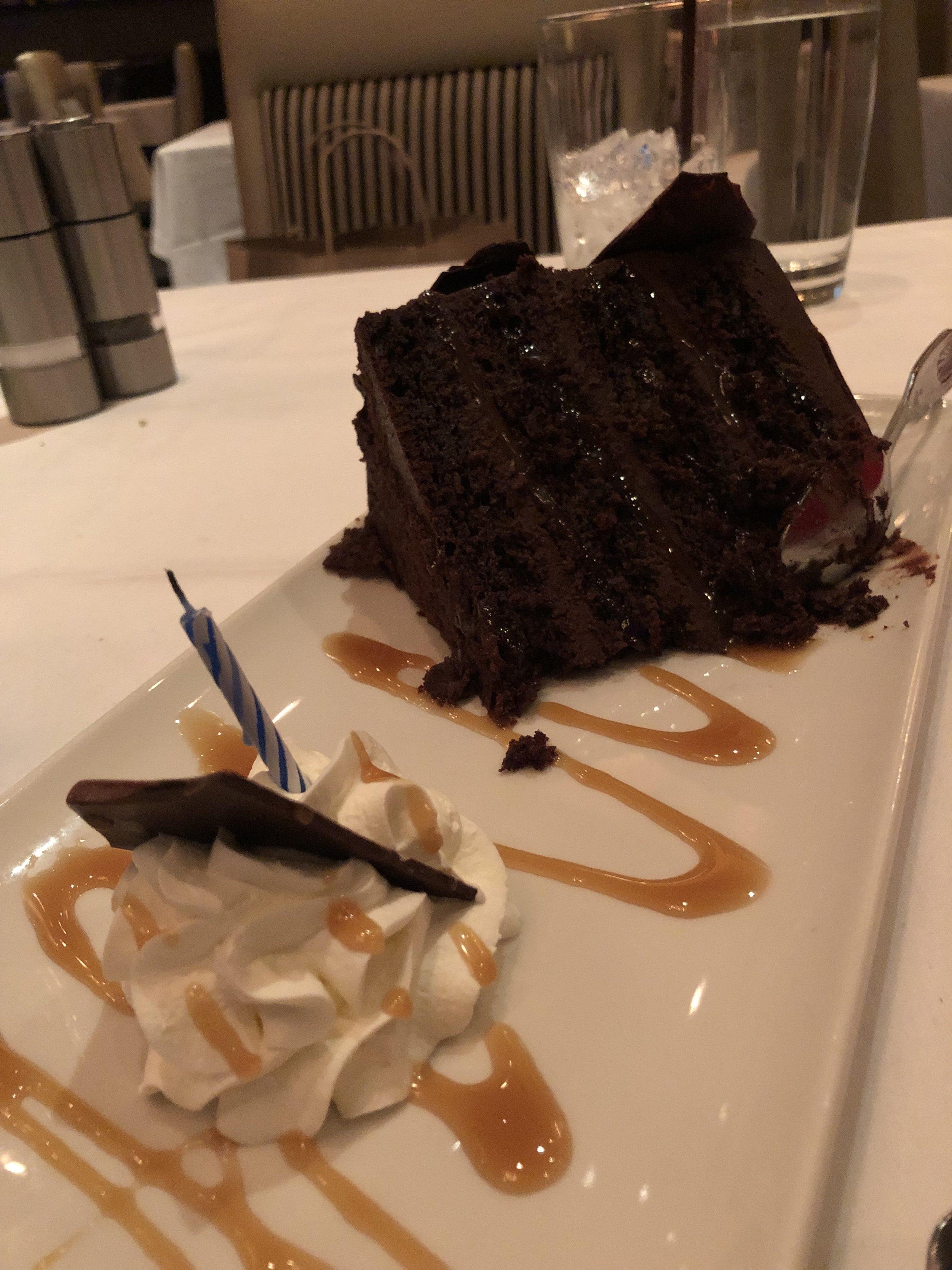 Morton's : Complimentary Cake
