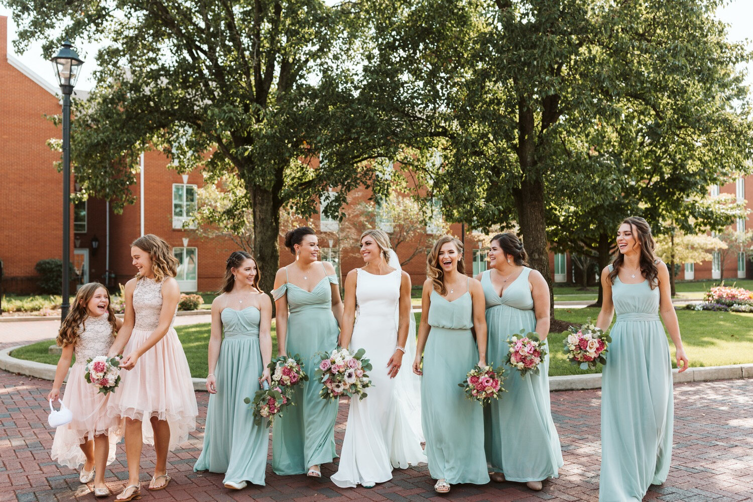 Bridesmaid group pictures