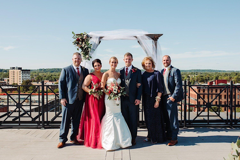 Family wedding poses