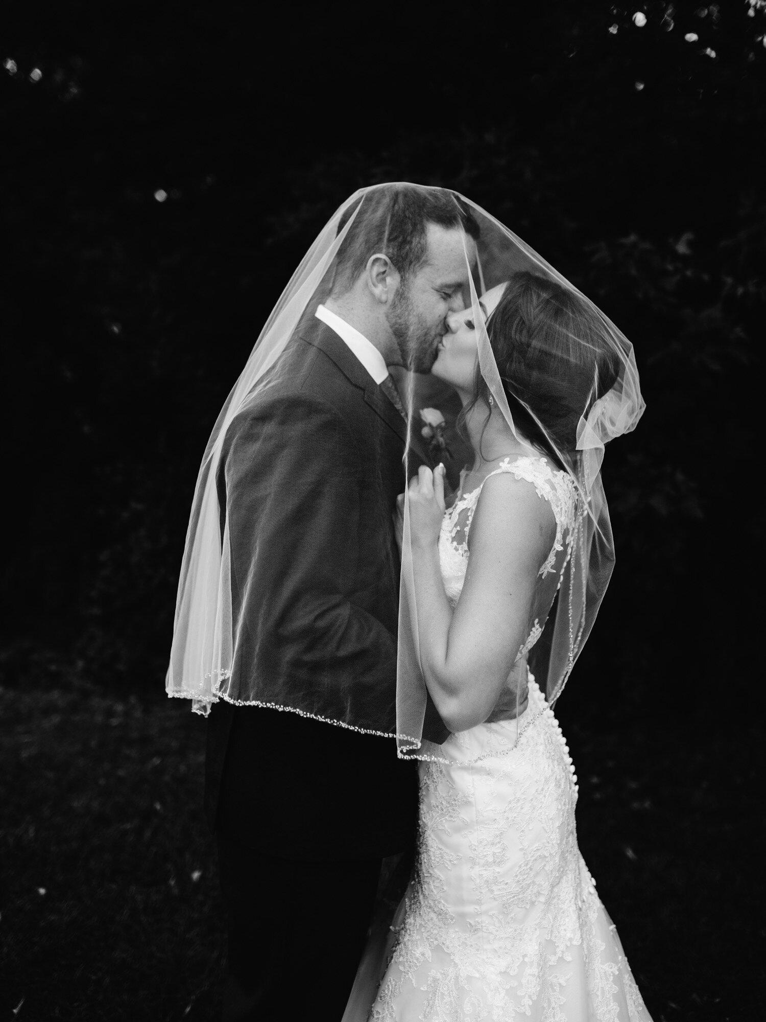 Bride and groom portarit