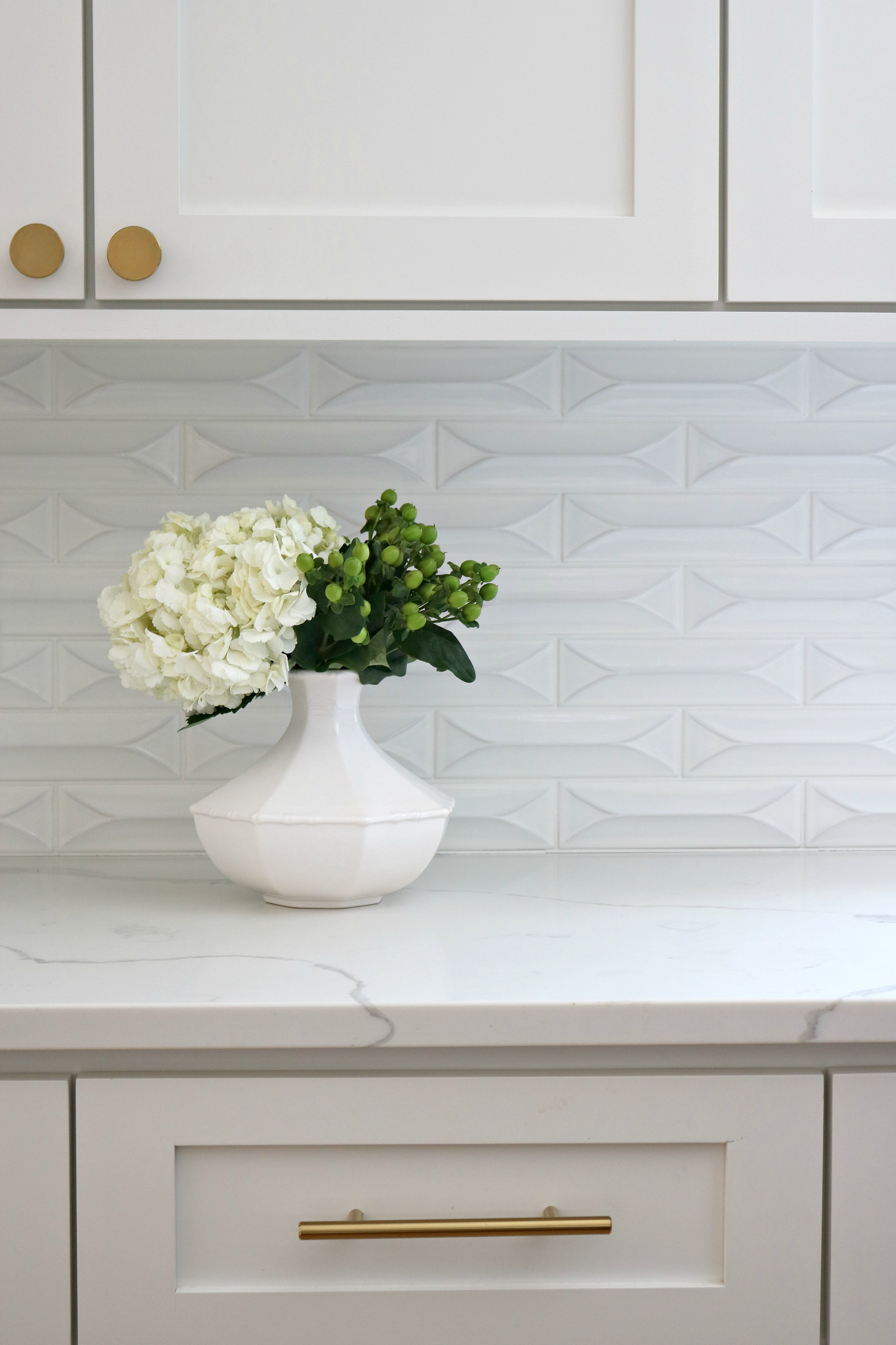 Kelle Dame Interiors Backsplash wide.jpg