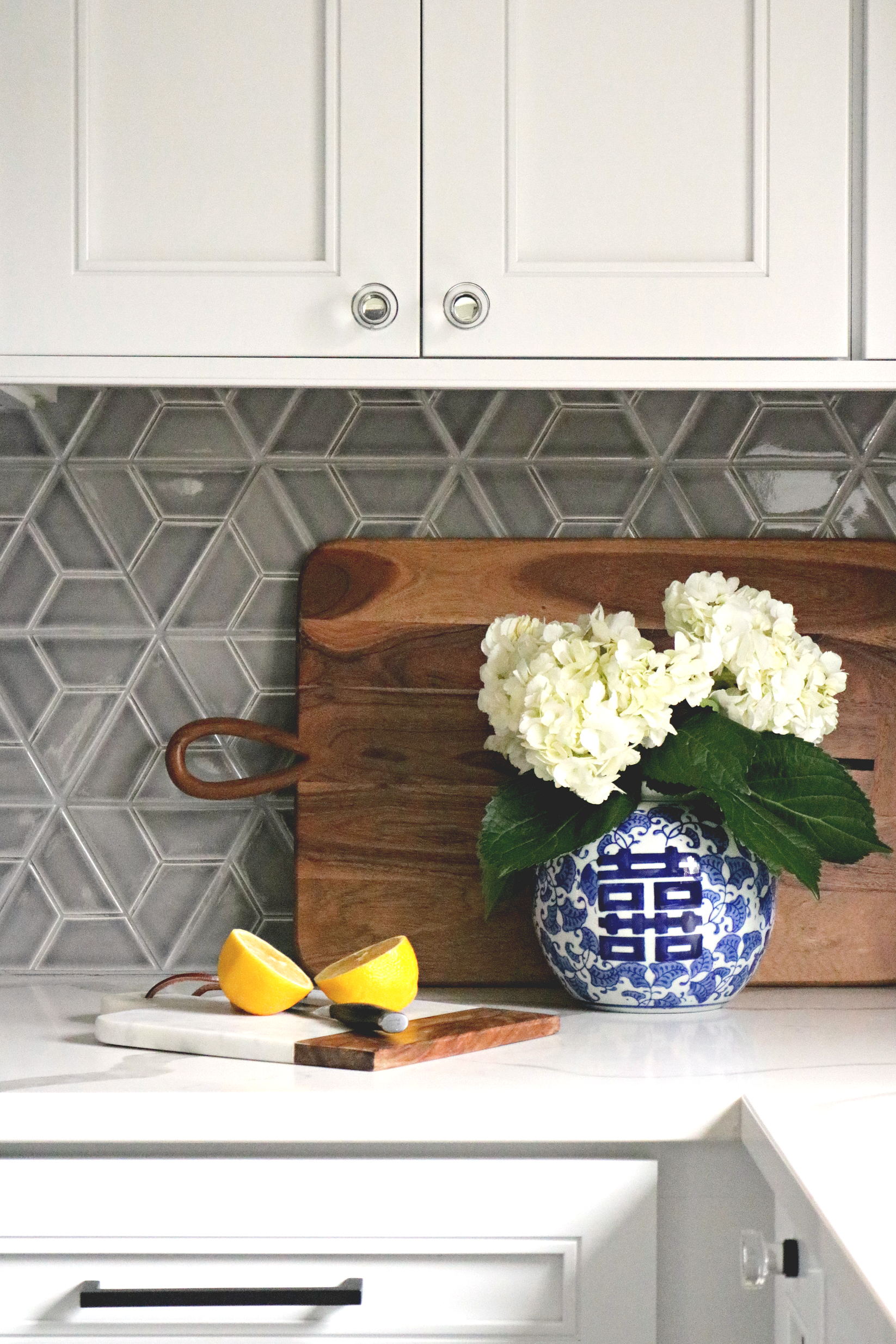 kelle dame interiors sonoma tile makers.png