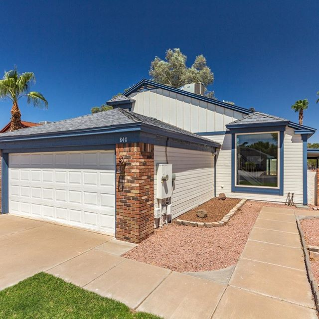 New to market, 3 bed, 2.5 bath, 2 car garage, cute backyard, fireplace, move in ready$249,000