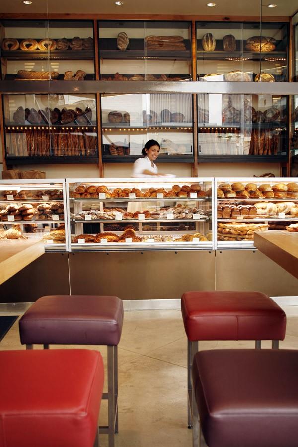 Breadbar int4.jpg