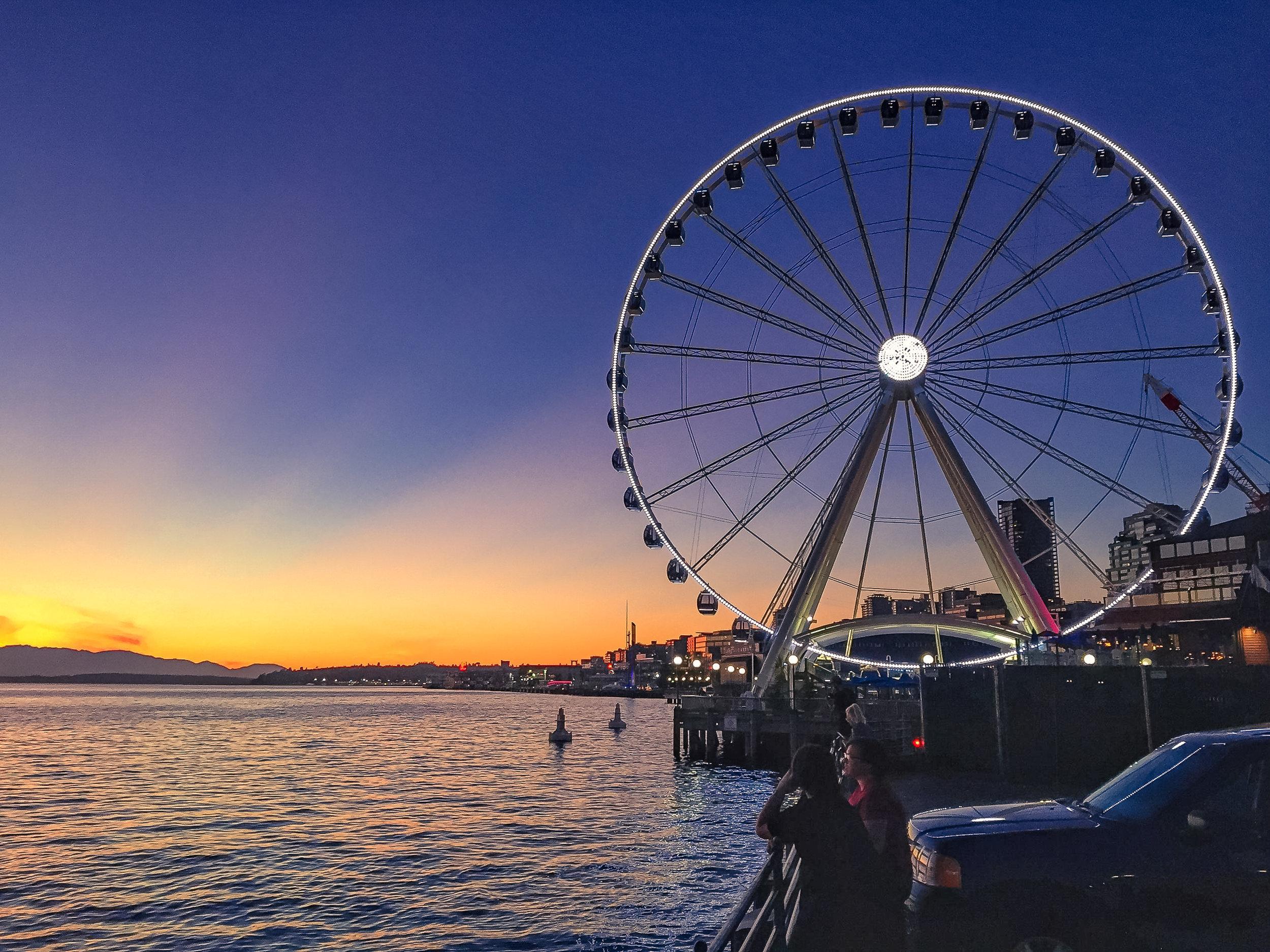 SeattleQwikTour_FerrisWheel