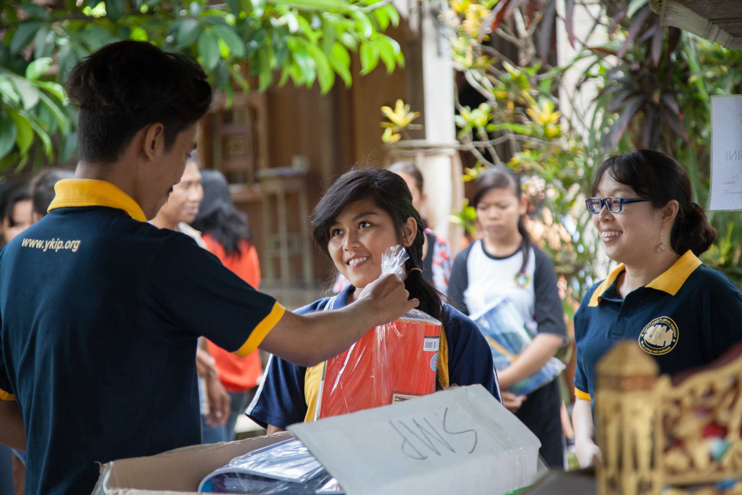 Yayasan Kemanusiaan Ibu Pertiwi (YKIP) - IMPROVING THE LIVES OF POOR FAMILIES IN BALI BY BREAKING THE CYCLE OF POVERTY THROUGH EDUCATIONAL SUPPORT AND SERVICESEstablished only days after the Bali Bombing in October 2002, YKIP aims to improve the lives of marginalised communities in Bali through educational opportunities by providing scholarships to disadvantaged children.Over the years, YKIP has supported over 900 children in Bali, with more than 500 of these children completing their studies and finding successful employment. Inspirasia Foundation is proud to be a core supporter of YKIP's Kembali, KIDS, Vocational and University Programmes since 2003.