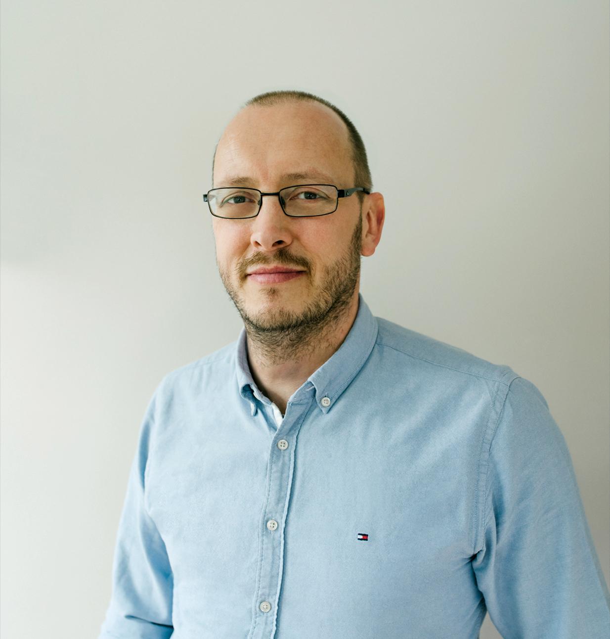 ALEX WALTER – Director