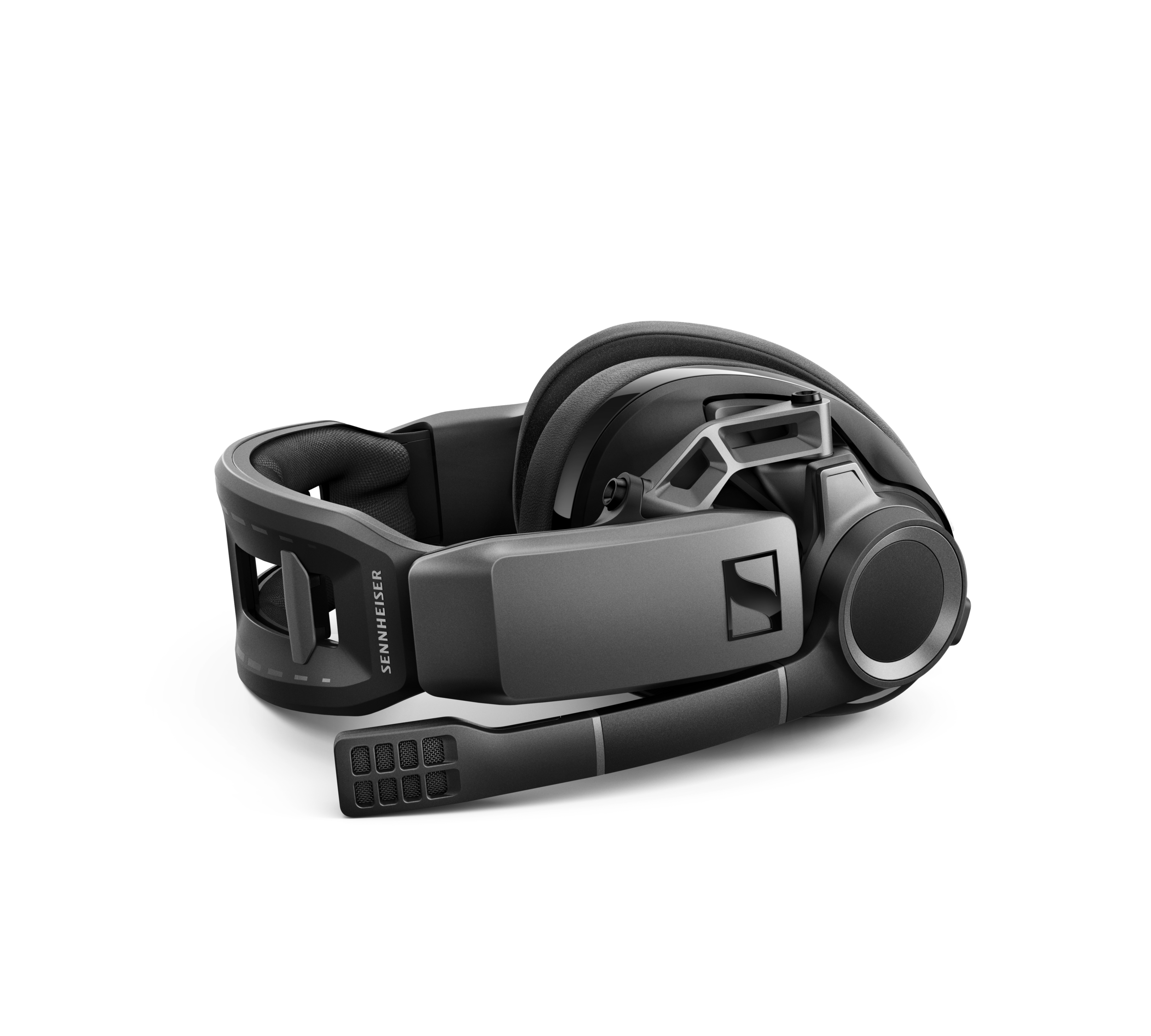 GSP_670_Headset_Isofront_laying_RGB_red.png