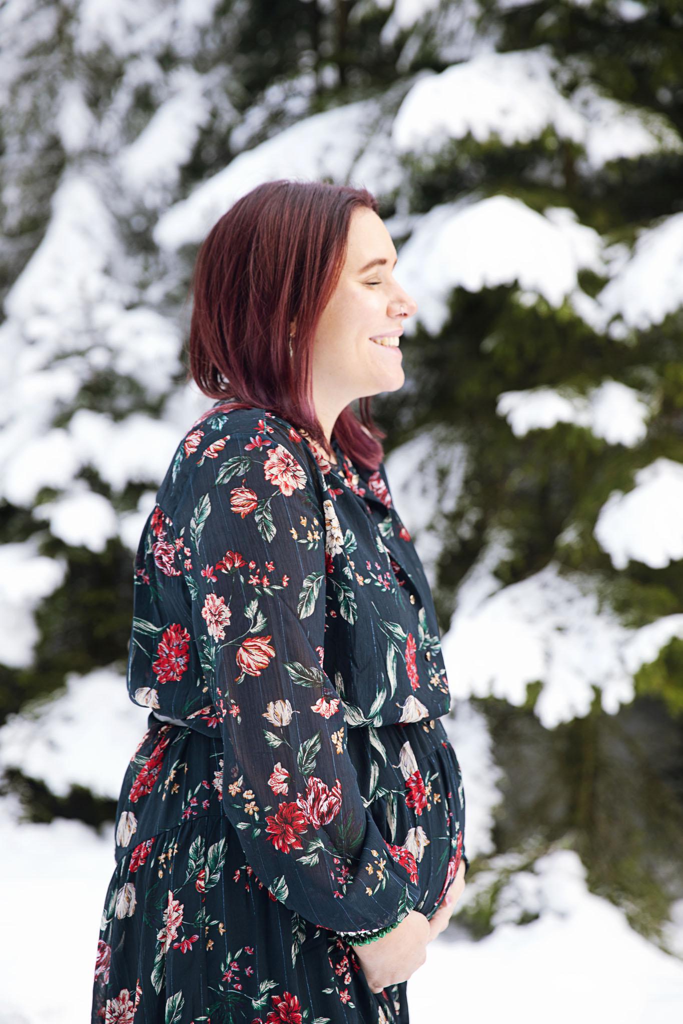 Gravidfotografering med gravidfotografen fotograf Emy Laholm