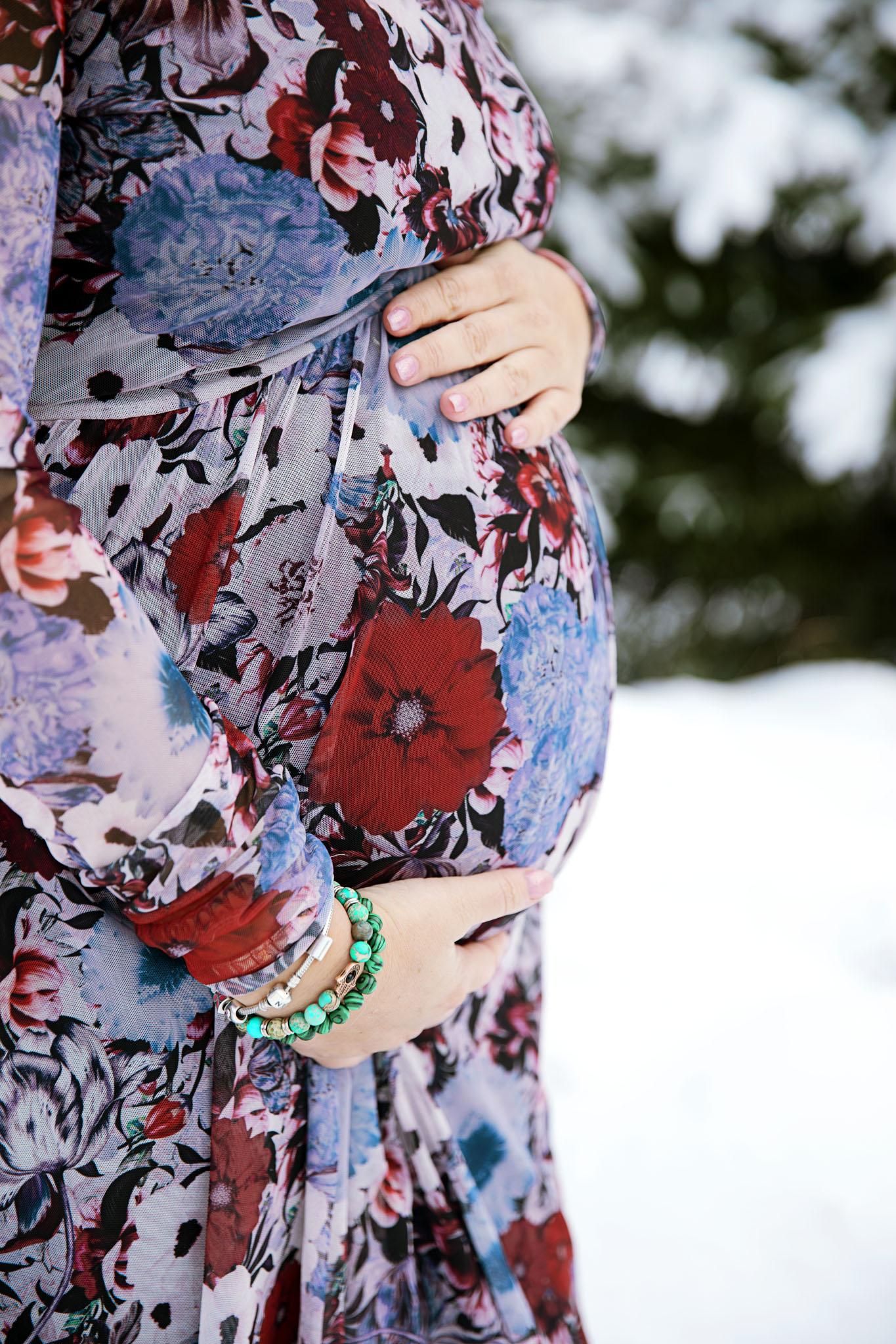 Fotograf emy fotograferar gravidfotografering i Halmstad och Laholm