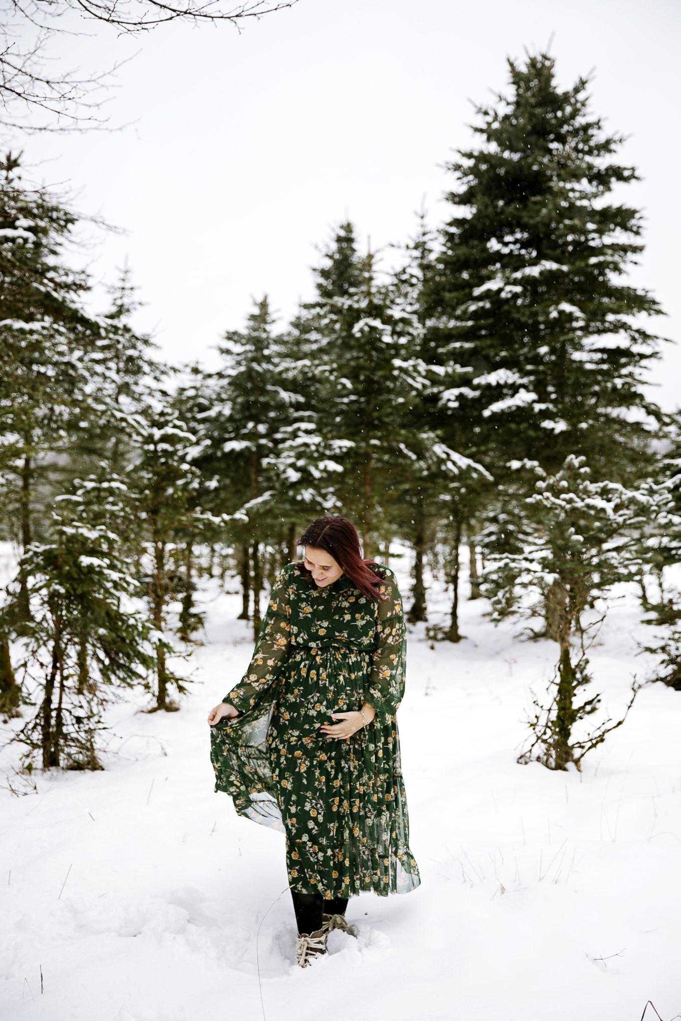 Gravidfotografering hos fotograf Emy i Halmstad och Laholm