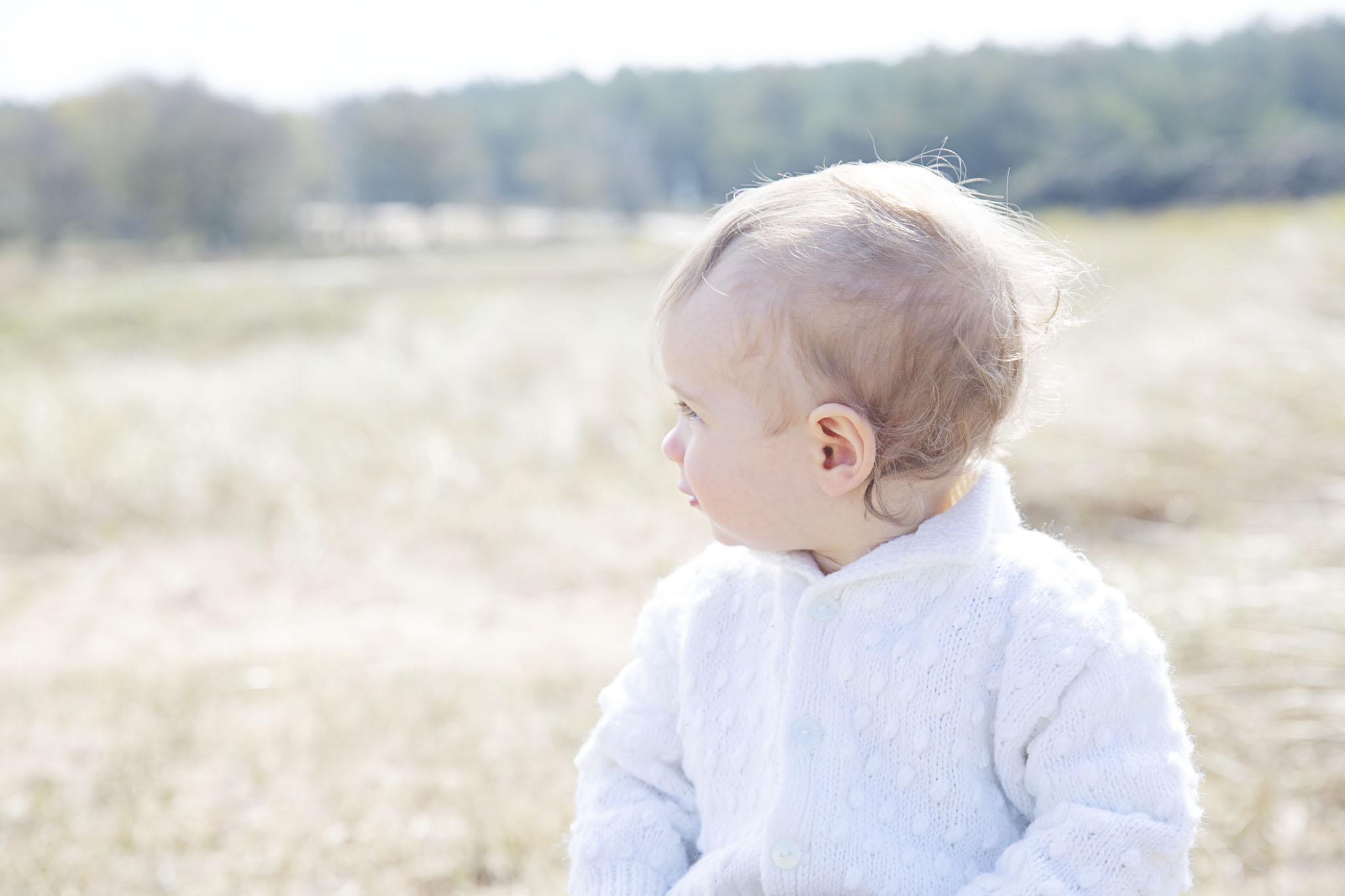 Barnfotografen fotograf Emy fotograferar barnfoto på dina barn i halmstad