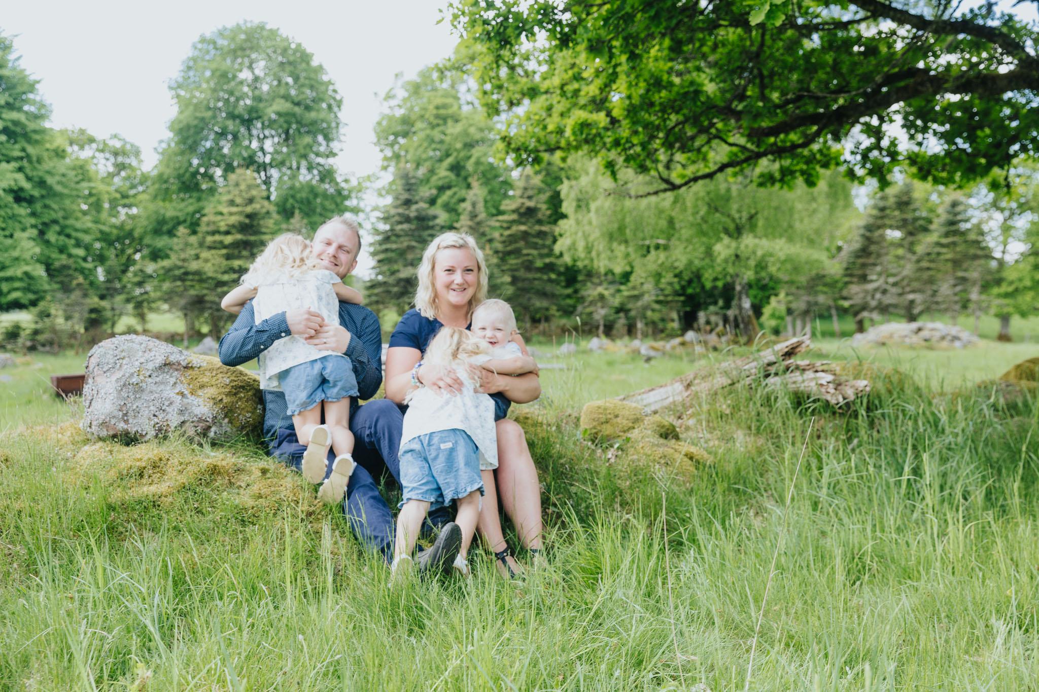 2018 05 20  Familjefotografering Almarsson, Fotograf Emy, 07.jpg