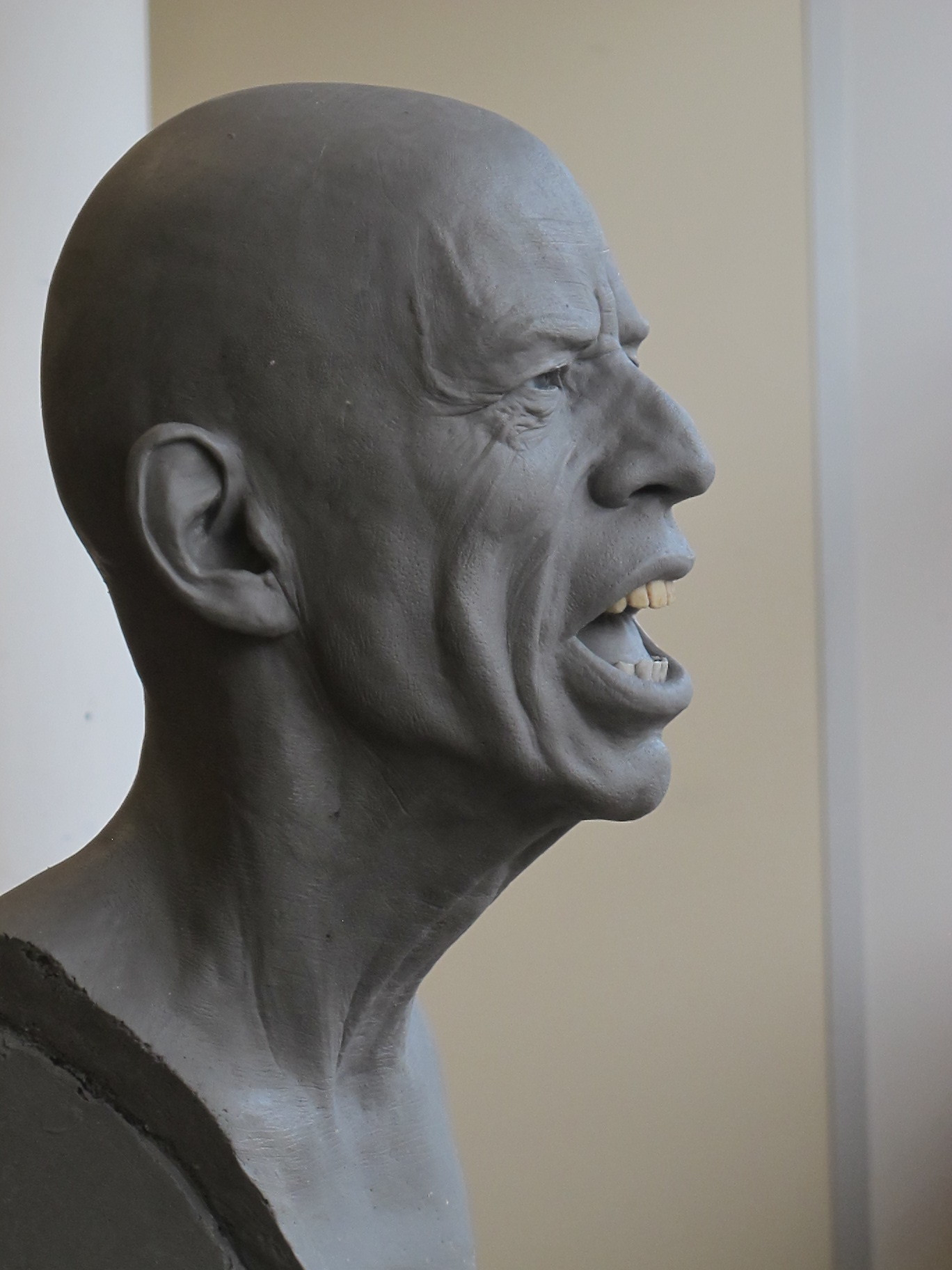 Mick Jagger - Sculpture en terre par Eric Saint Chaffray - Credit Musée Grévin