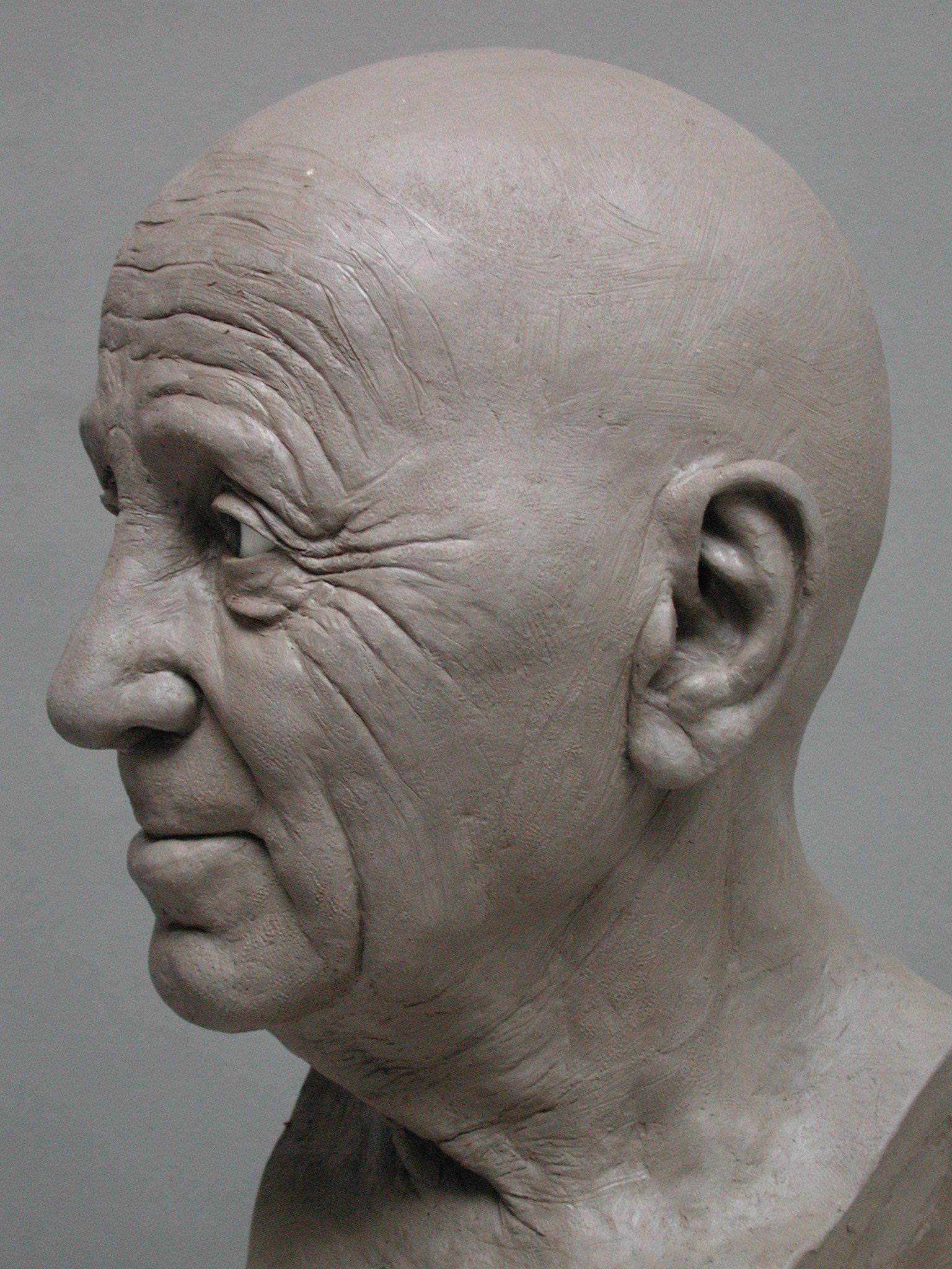 Charles Aznavour - Sculpture en terre par Eric Saint Chaffray - Credit Musée Grévin