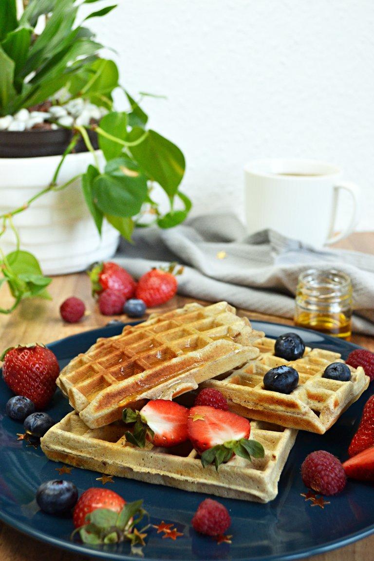 protein-vanilla-waffle.jpg