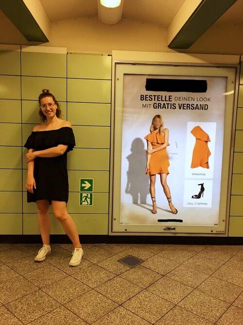 Wie schön wäre es, so ein Kleid an einem 1,65 m großen Model zu sehen.* / @dontcryonion