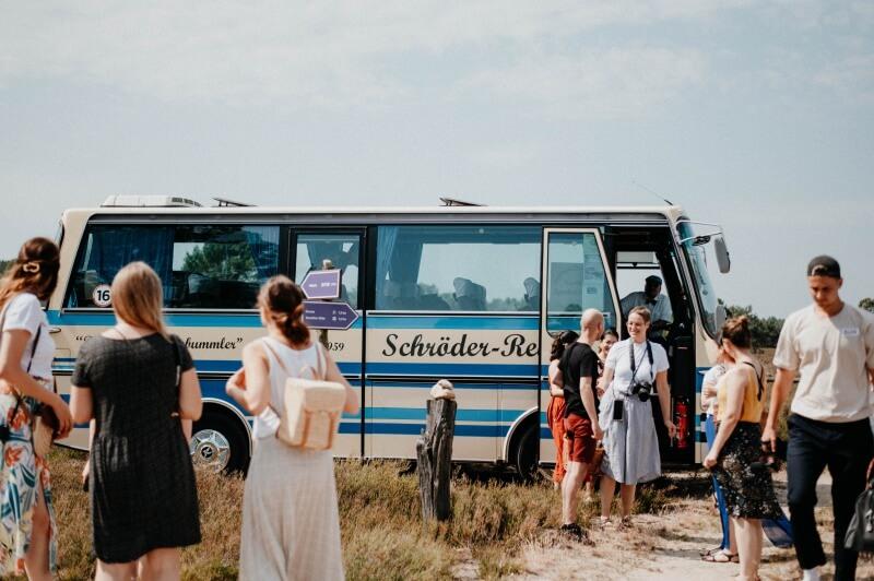 Der alte Bus mit dem wir den ganzen Tag unterwegs waren / © paulaundnoah