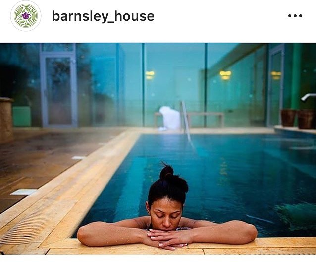 Repost from @barnsley_house 🏊🏻♀️🌱☀️ for #Treatyourselfthursday  Just a 2 minute walk from the barn is Barnsley House Hotel and Spa. 🌟🧖🏻♀️🧖🏽♂️ They have a heated outside hydrotherapy pool 🏊🏻♀️ a relaxation room 🙏🏻steam room and sauna alongside 5 treatment rooms and a host of packages available.  If you are planning to visit the spa during your stay with us just make sure you pre book as they get booked up in advance.  Any questions about what else is in the area just pop us a message! 📧  Photo taken by @davidpullumphotography  #cotswolds #relax #spa #treatyourself #costwoldholidayhome #weddingaccomodation #barnsleygloucestershire #bibury #cotswoldvillages #costwoldgetaways #cotswoldholidays #cirencester #cheltenham #ukholidays #countryside #crippsbarn #ukgetaway #ukholiday #jennersbarn #greyhoundbarn #gloucestershire