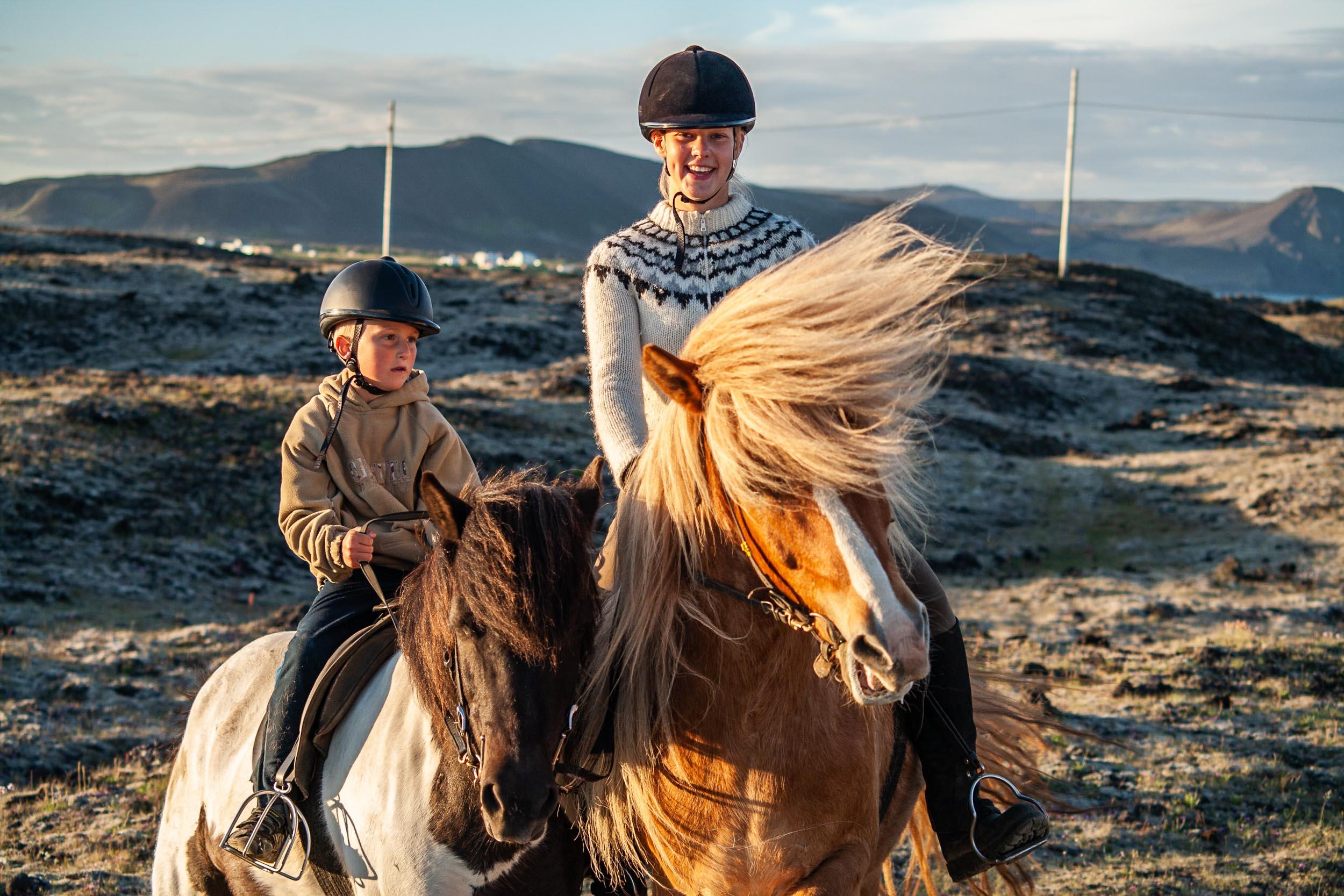 Ride Viking horses