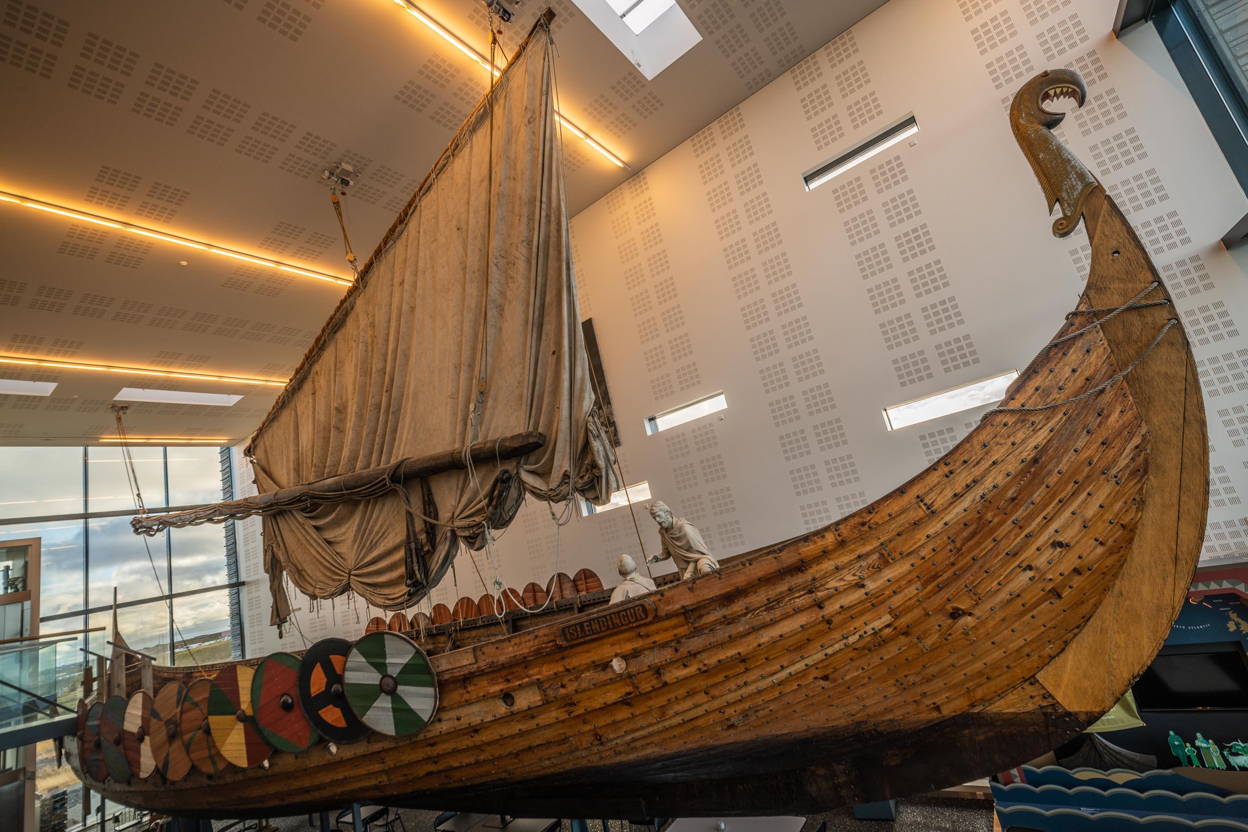 Viking ship Islendingur