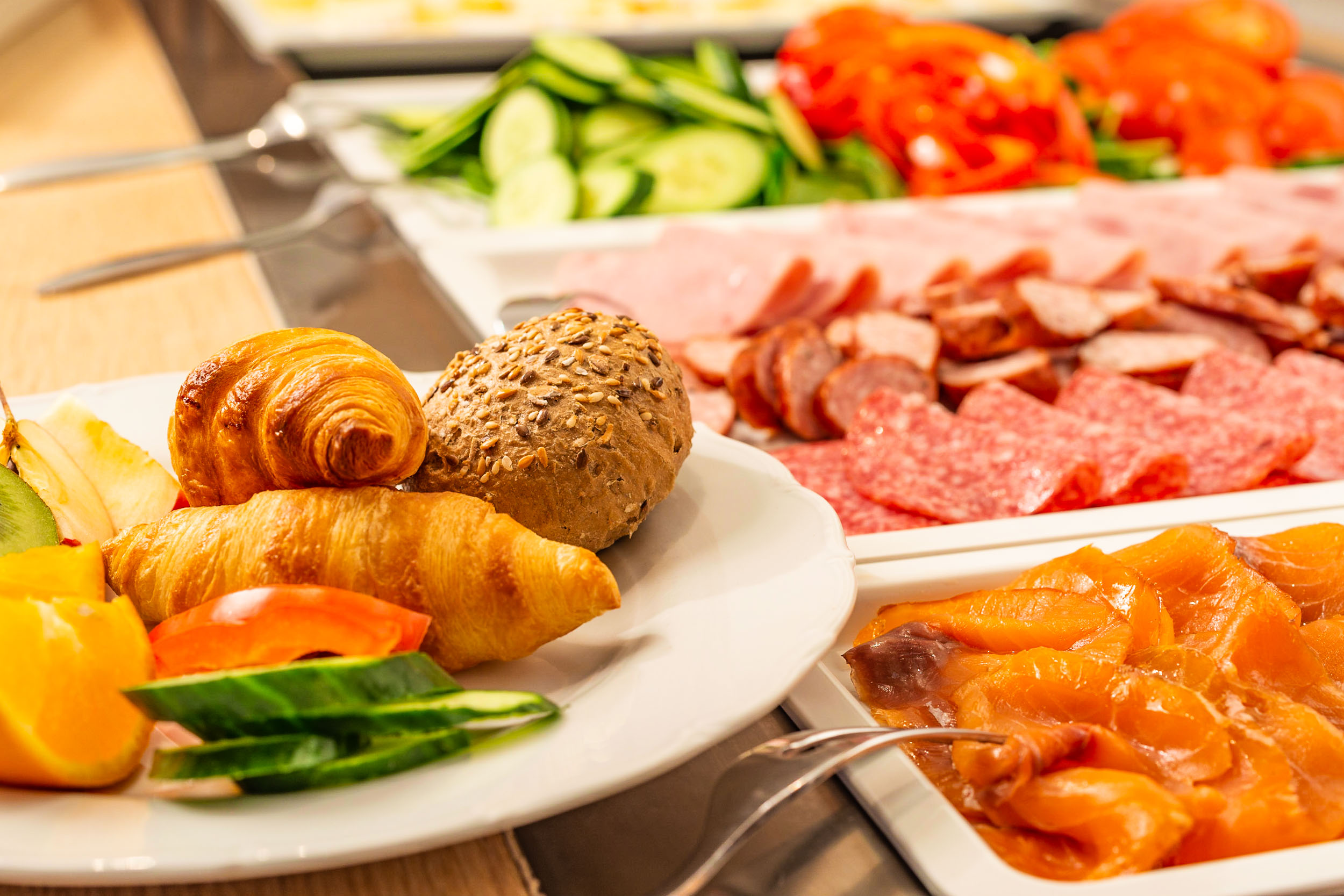 Brreakfast Buffet @ Max's Restaurant