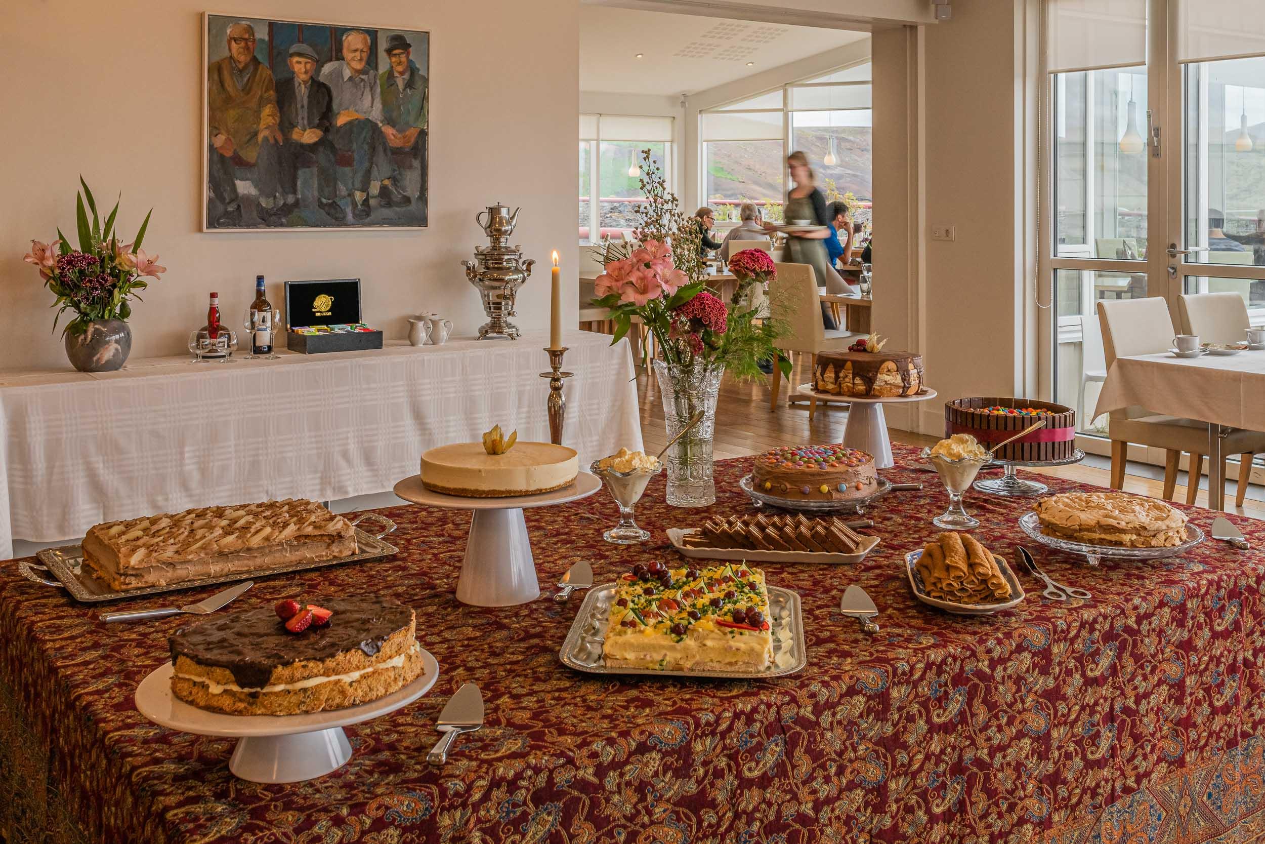 Sunday Cakes @ Maxs Restaurant