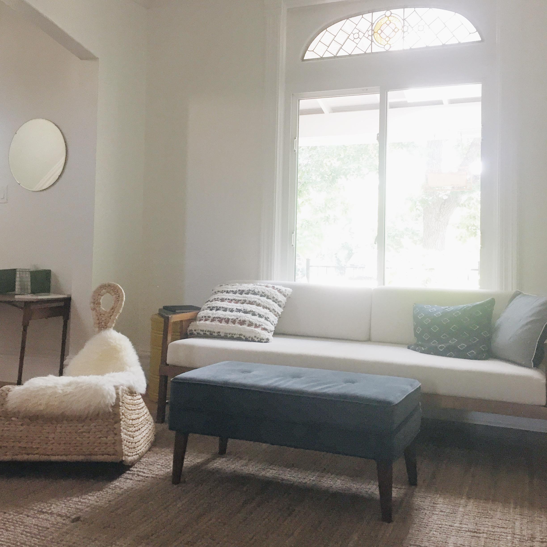 White-Interior-livingroom.JPG