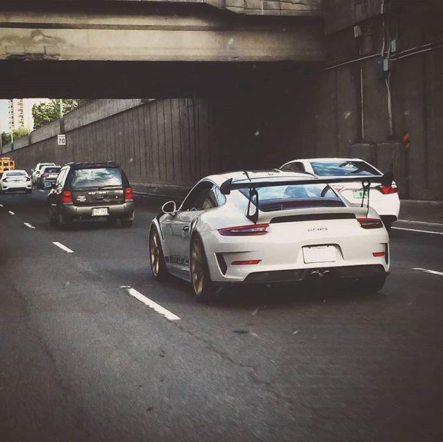 #porsche #porsche911 #gt3rs #pautop #autoparts #automotive #automotivephotography