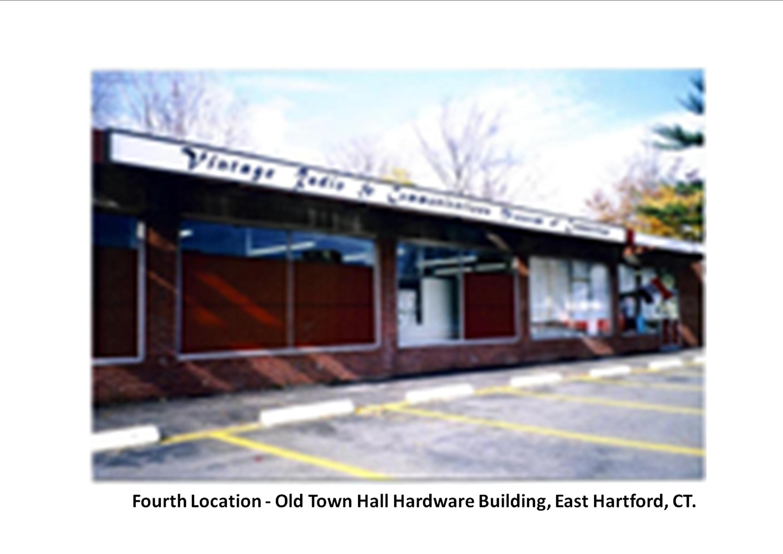 Old Town Hall East Hartford.jpg
