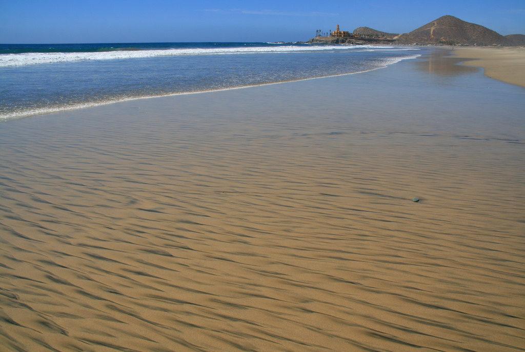 cerritos todos santos beach