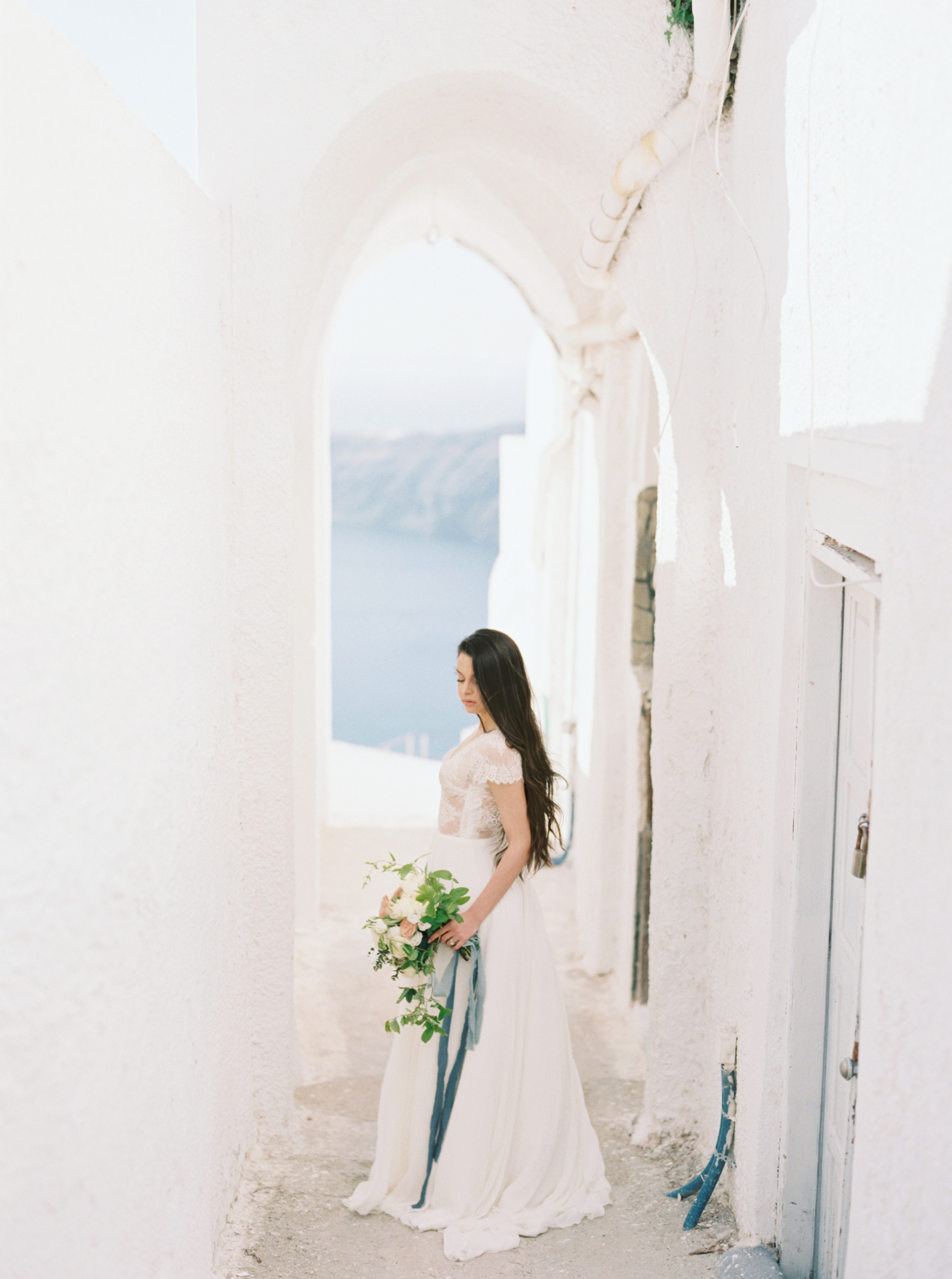 trynhphoto-photographer-destination-Santorini-Mykonos-Italy-France-wedding-photographer-destination-weddingplanner-49.jpg