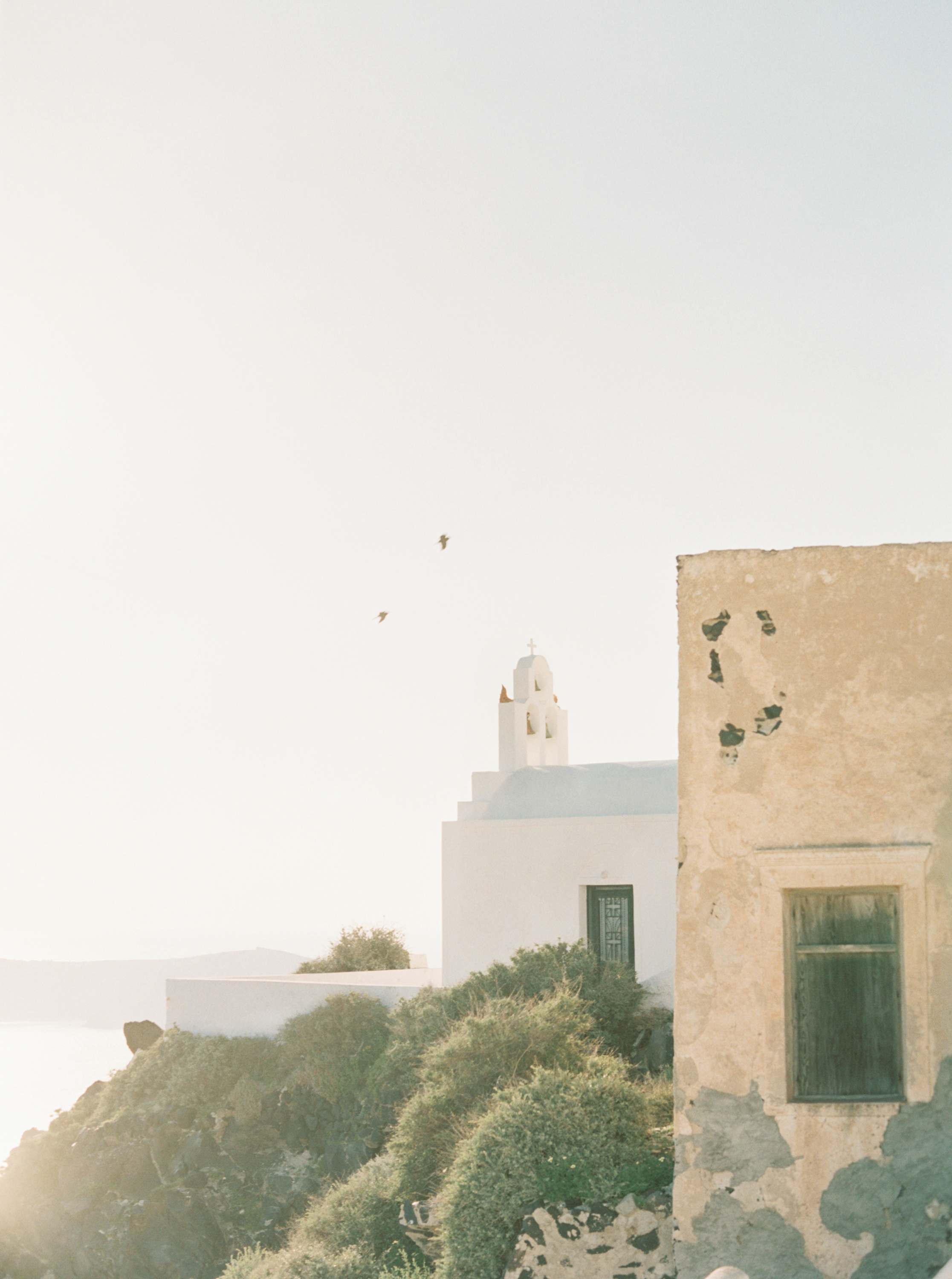 trynhphoto-photographer-destination-Santorini-Mykonos-Italy-France-wedding-photographer-destination-weddingplanner-85.jpg