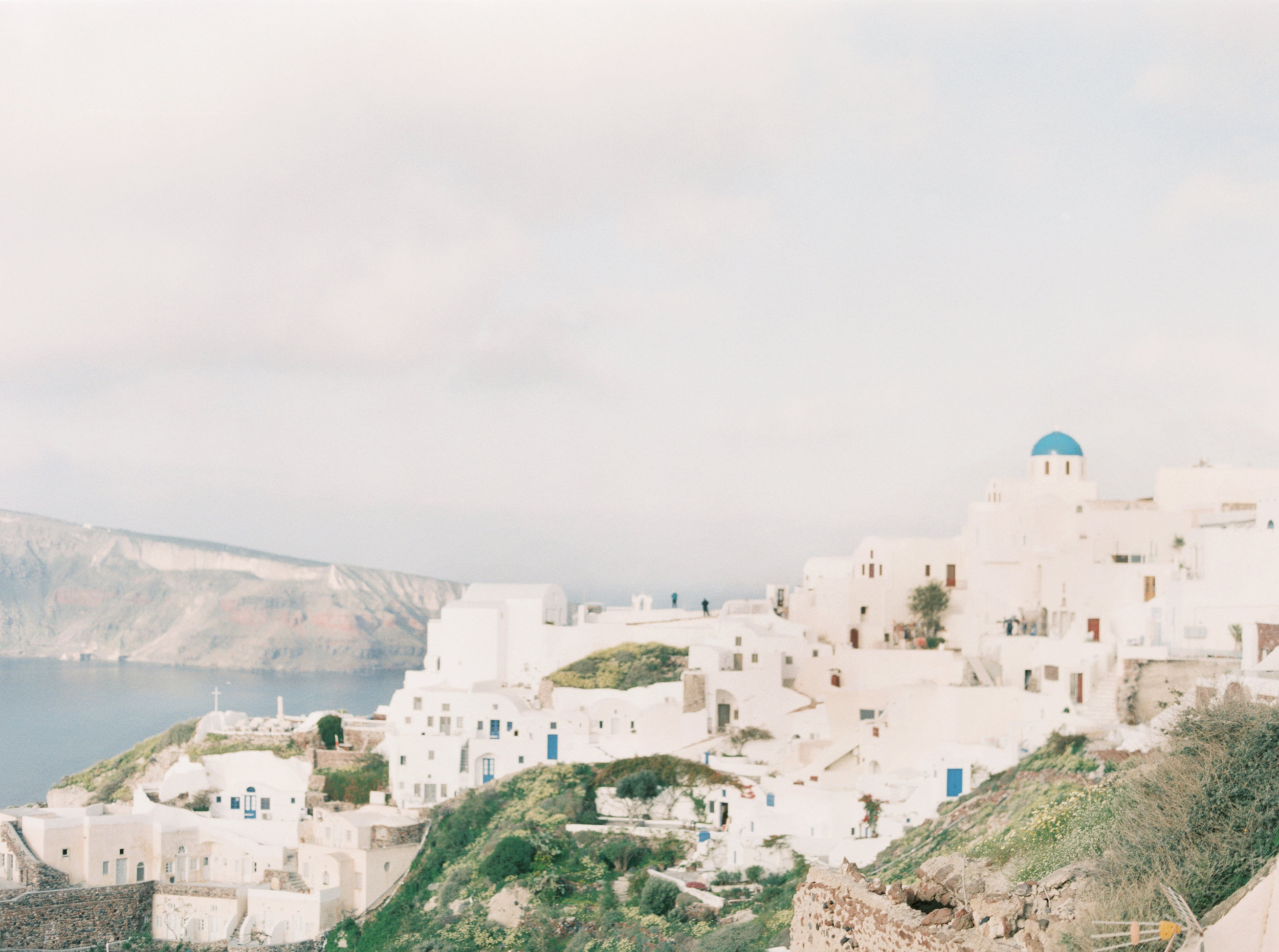trynhphoto-photographer-destination-Santorini-Mykonos-Italy-France-wedding-photographer-destination-weddingplanner.jpg