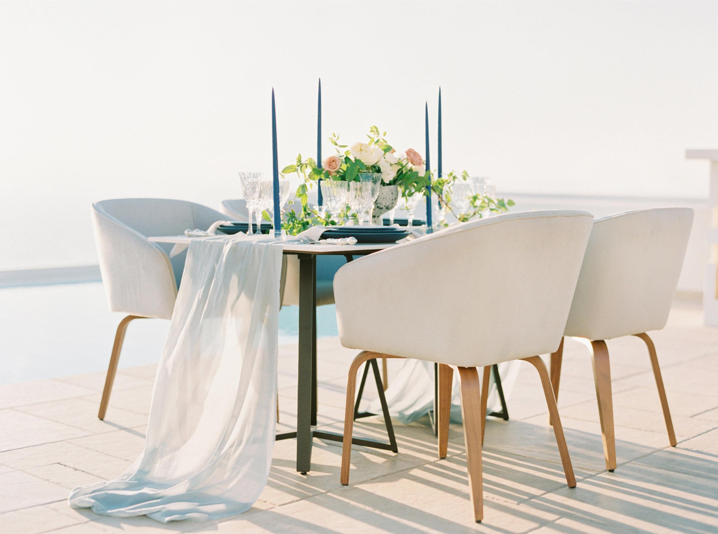 trynhphoto-photographer-destination-Santorini-Mykonos-Italy-France-wedding-photographer-destination-weddingplanner-66.jpg