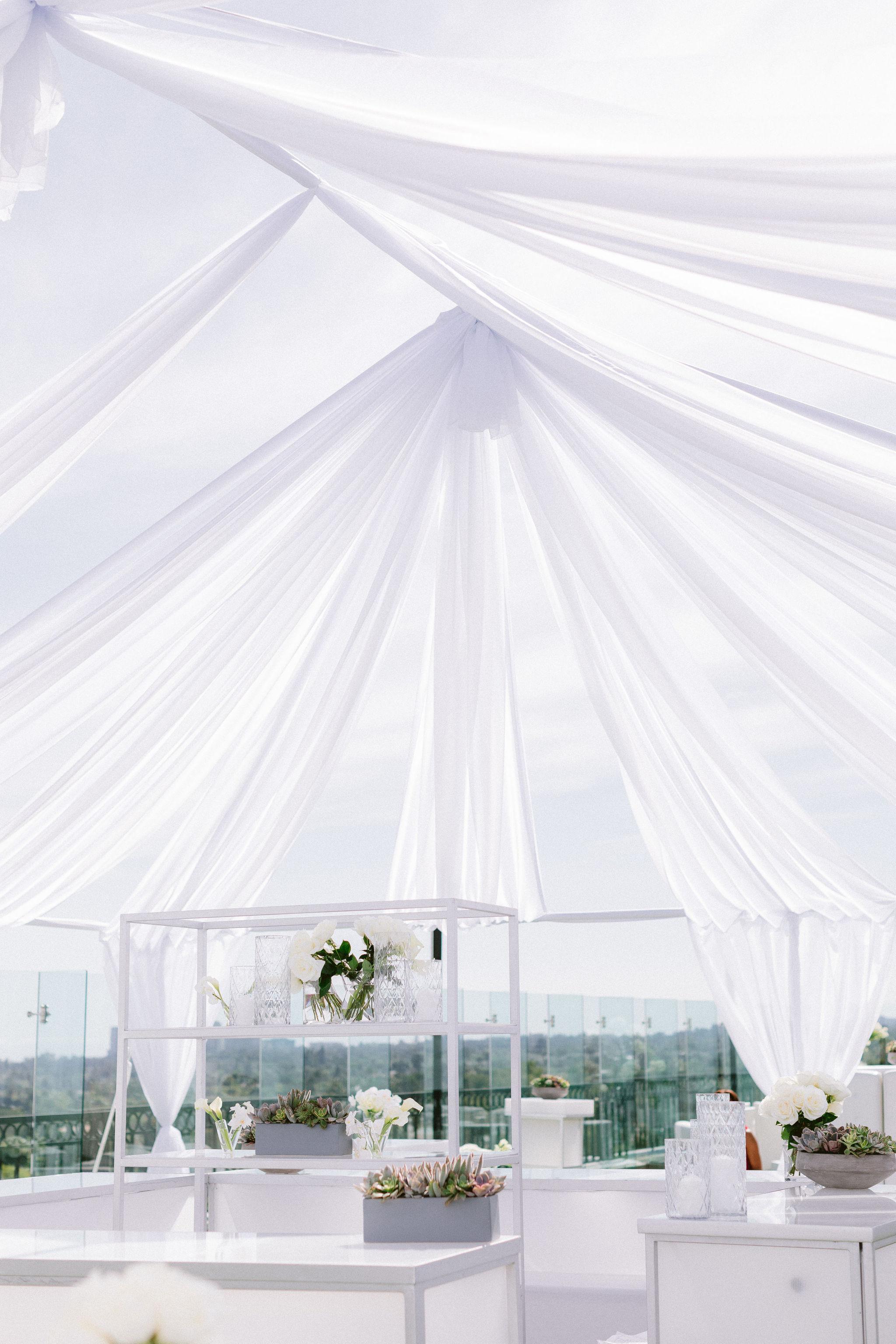 The-London-Hotel-Wedding-B-V-F180.jpg