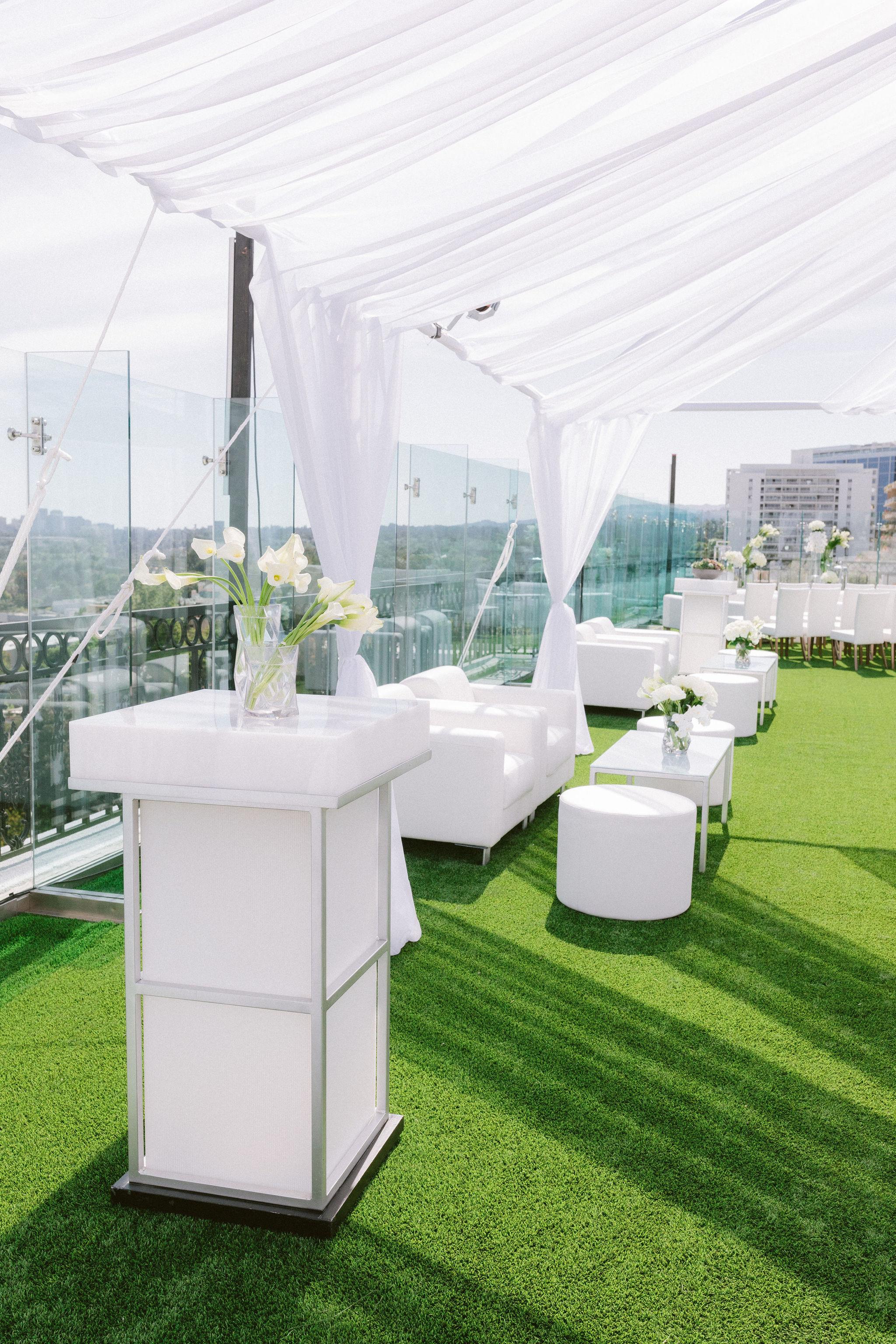 The-London-Hotel-Wedding-B-V-F220.jpg