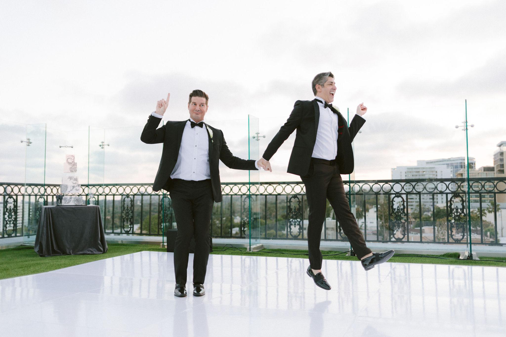 The-London-Hotel-Wedding-B-V-F601.jpg