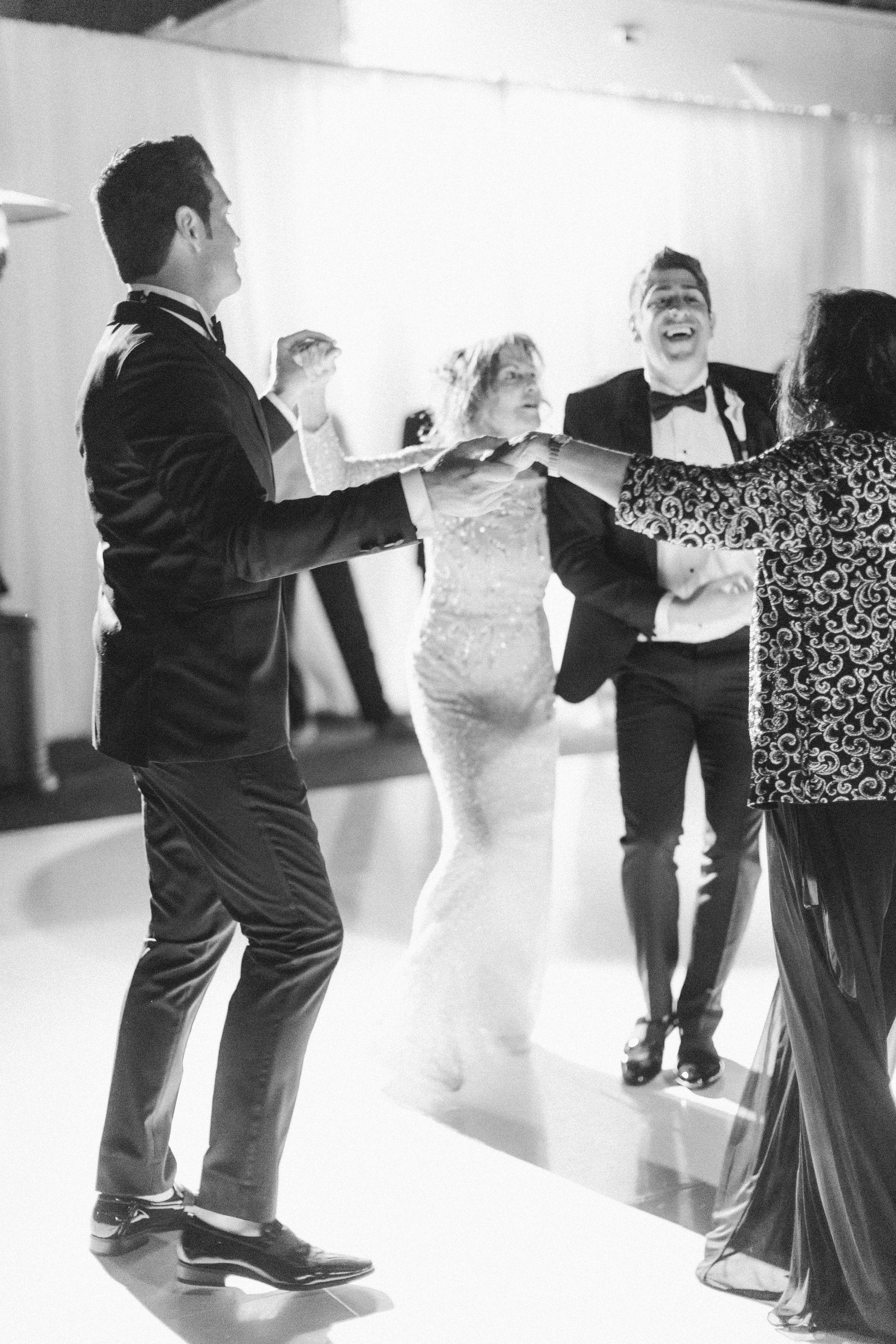 The-London-Hotel-Wedding-B-V-F720.jpg