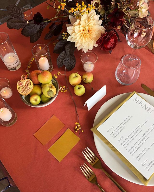 First day of Autumn, arguably my favorite time of year 🍂 sneak peek of a pretty mock-up earlier this month with @amandavidmardesign @latavolalinen