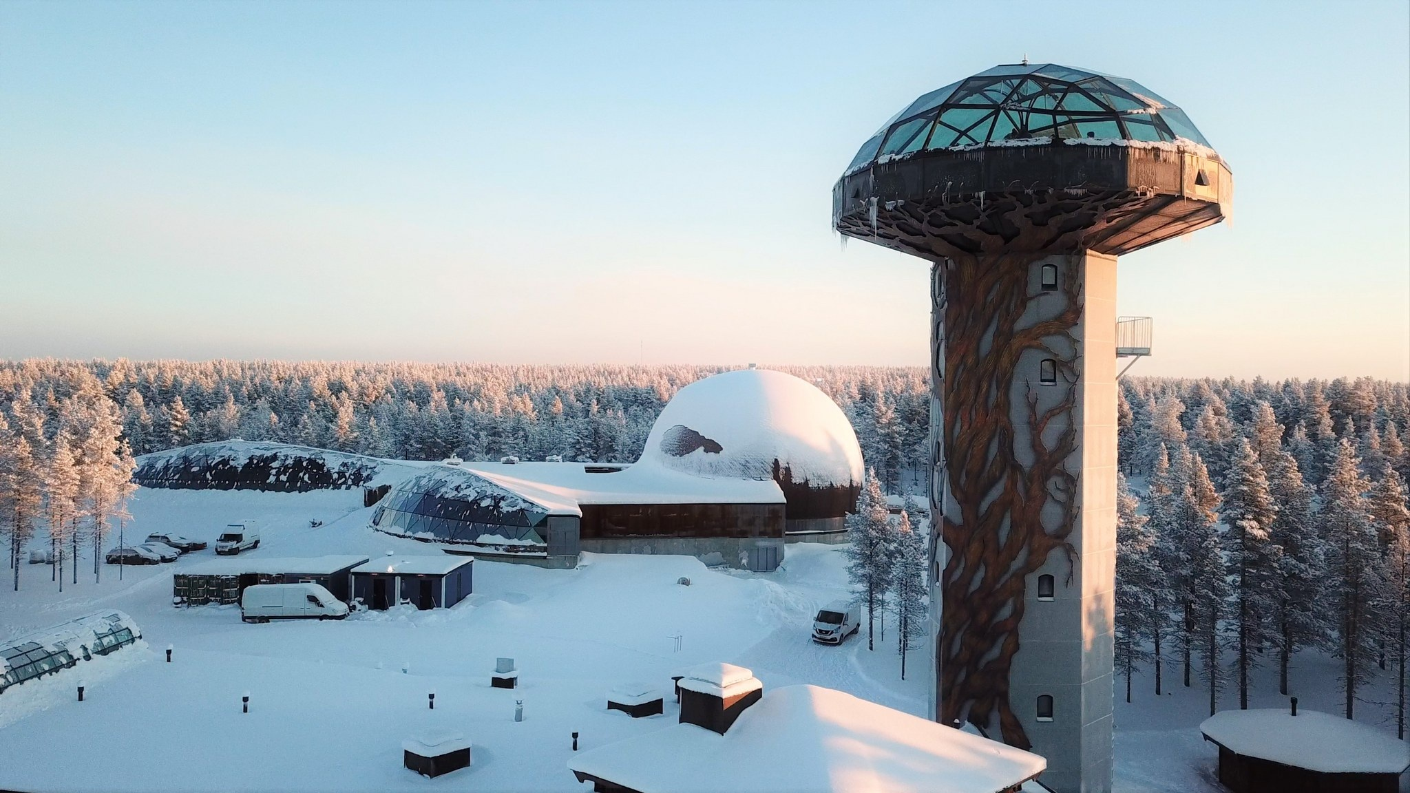 Visit the Kakslauttanen art gallery with a view like no other.