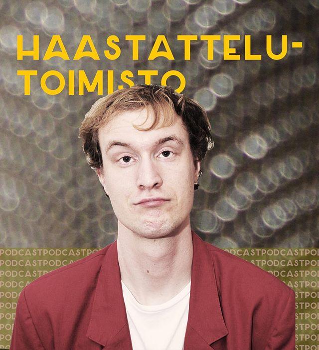 """Haastattelutoimisto -podcast alkaa! Linkki biossa ✨ """"Petri Hankonen on luotsannut Tampereella kolmen vuoden ajan tarinankerrontaklubia, jossa kuka vain voi astua lavalle kertomaan tarinoita. Mistä ajatus syntyi? Millaisia tarinoita on kuultu? Kuinka kerrotaan hyvä tarina?  Näihin ja moneen muuhun kysymykseen etsitään vastauksia haastattelutoimistossa, jossa Pyry Qvick haastattelee ketä haluaa. Aiemmin Arvostelutoimisto -podcastia luotsannut Pyry on nyt sukeltanut haastattelemisen vesiin."""""""