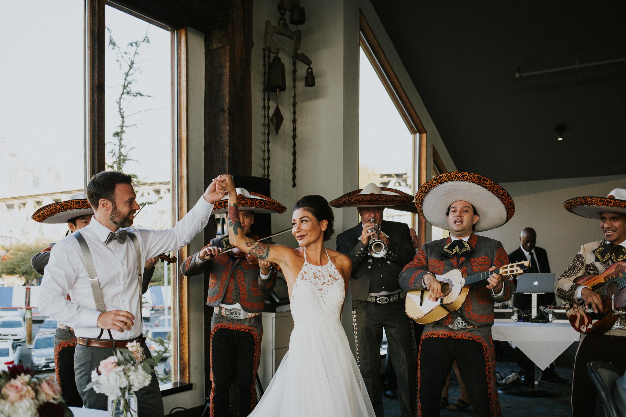 65-bridges-granville-island-vancouver-wedding-ayakopaddy-web-4279.jpg