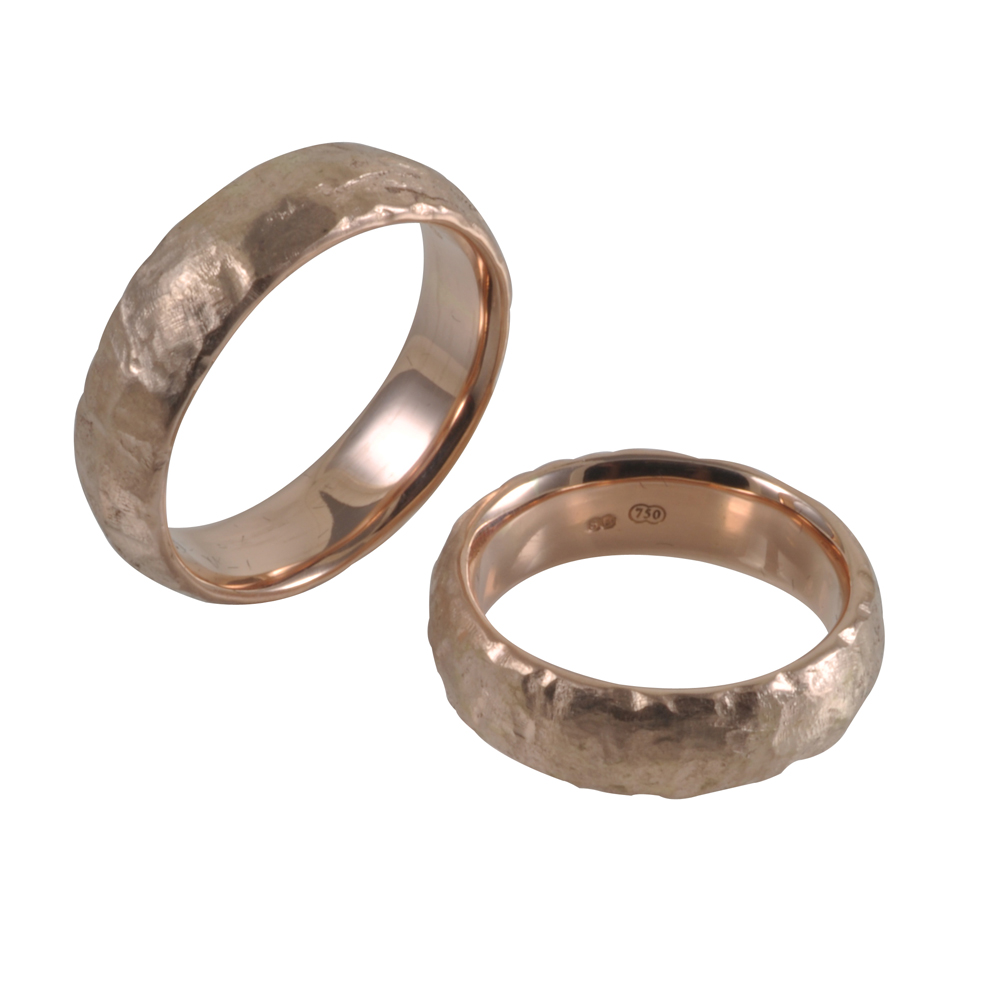 rough texture 18ct rose gold ring.jpg