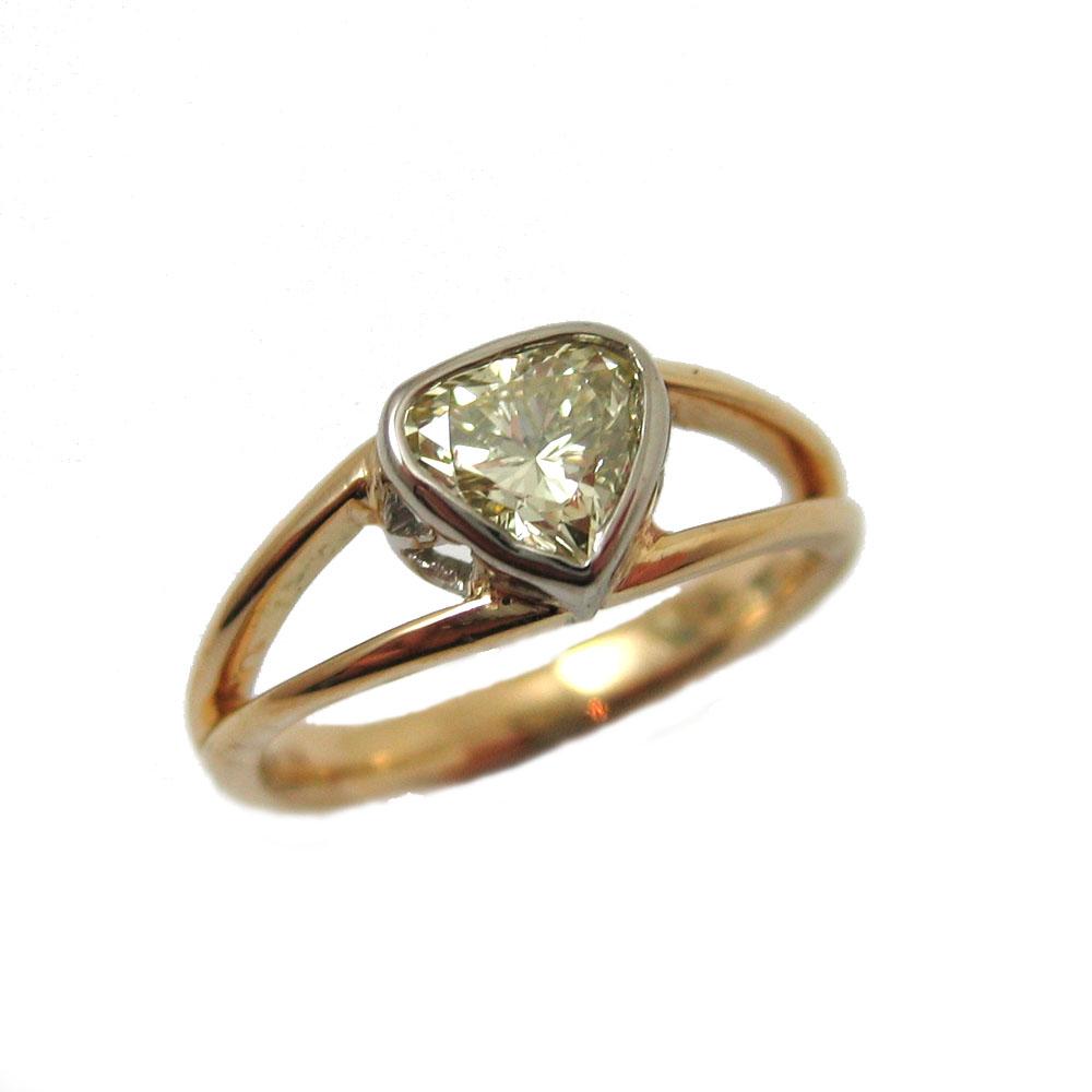 heart yellow diamond spilt band.jpg