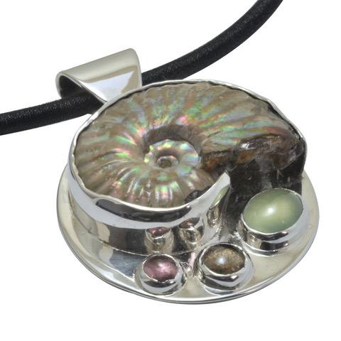 fossil gem set silver pendant.jpeg