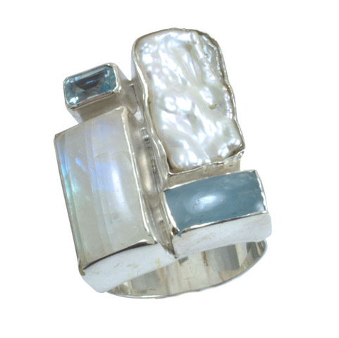 icy gemstone silver ring.jpeg