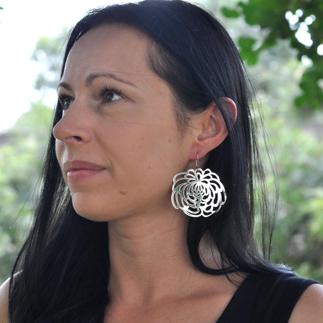 statement-flower-earrings-silver-large.jpg