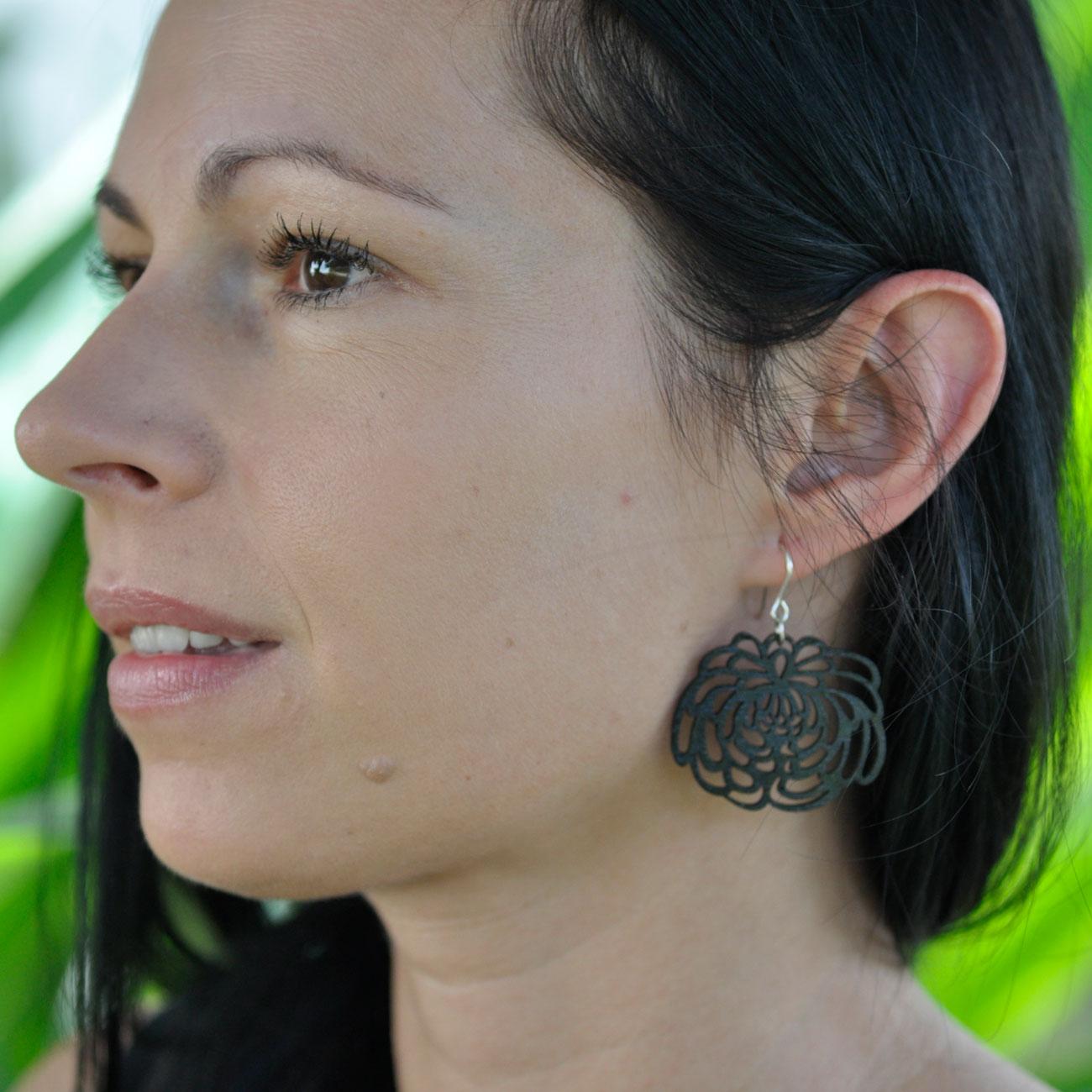black-flower-earrings-bamboo-chrysanthemum.jpg
